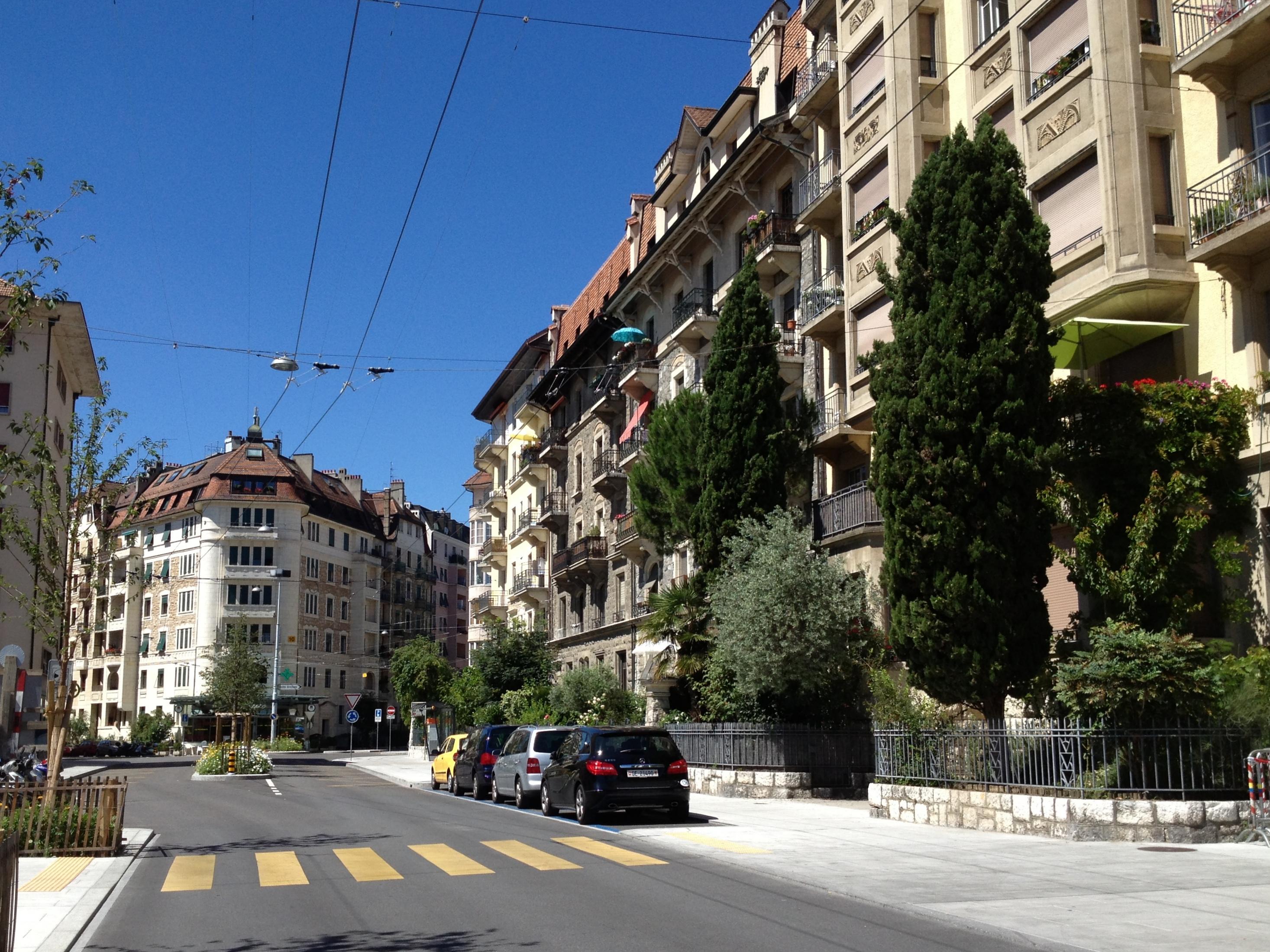 A sunny picture of Saint-Jean, a neighborhood very close to the EU Business School Geneva campus.