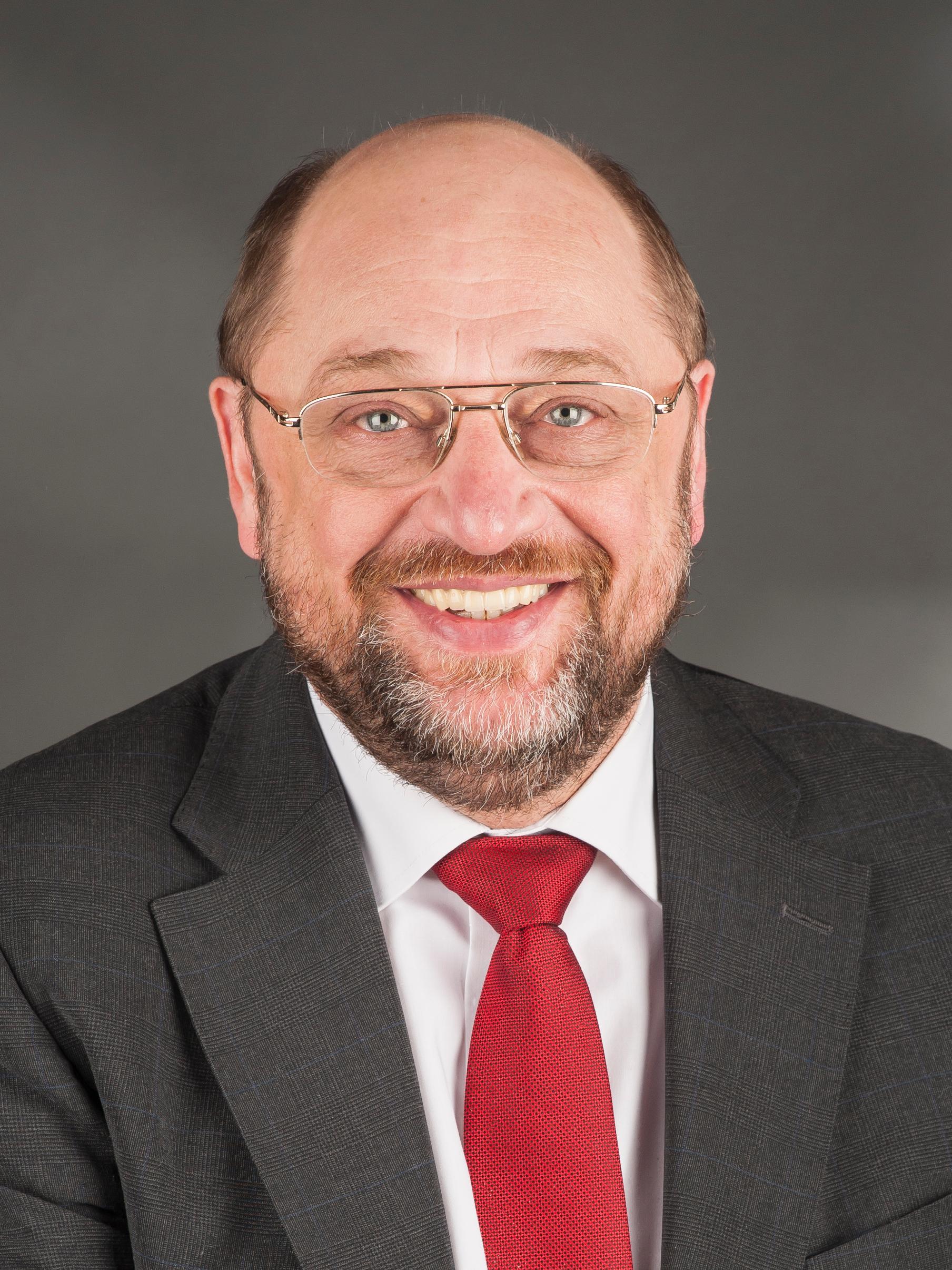 UBS im Sog von Steuerstreit und Finanzkrise - coonhounds.info