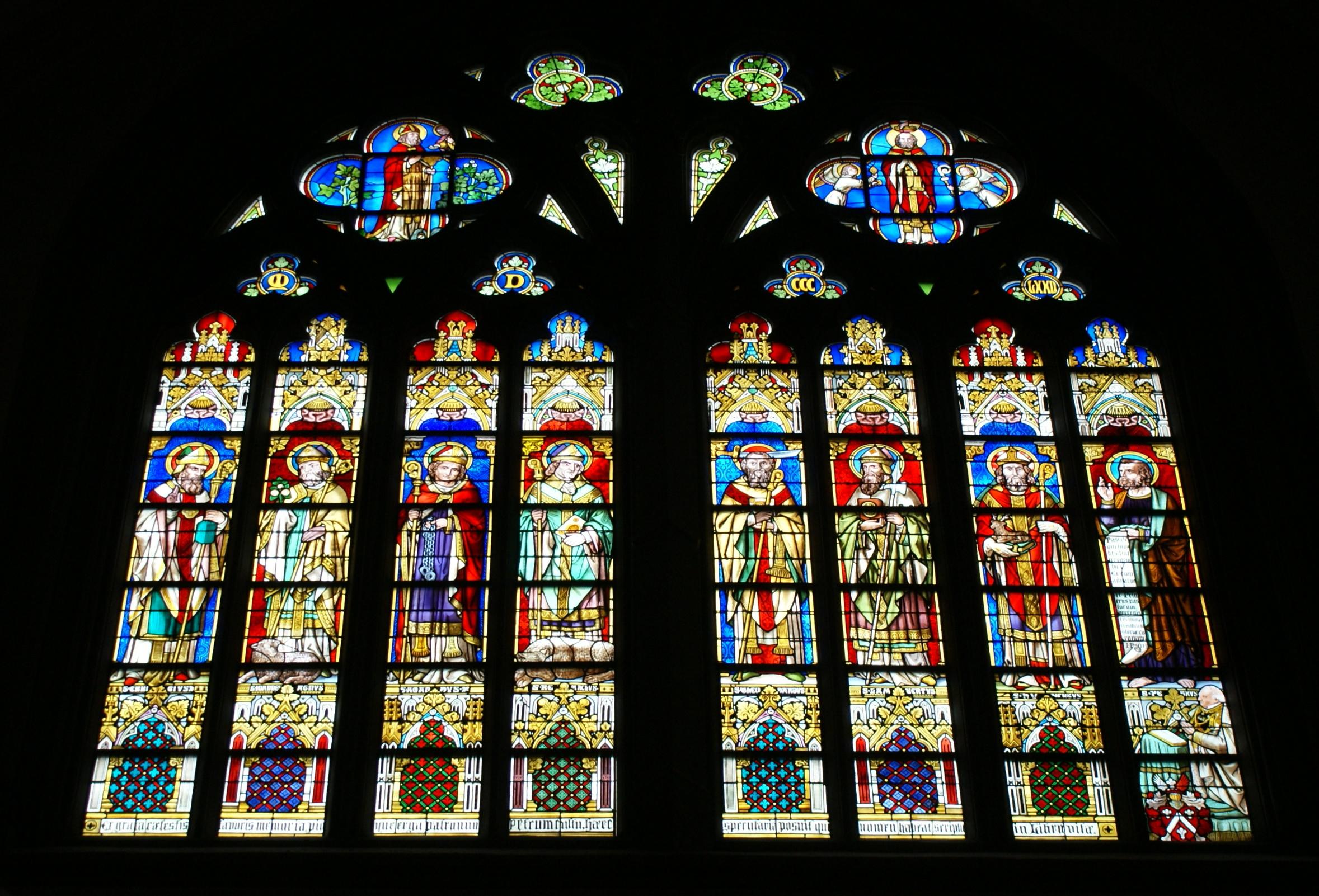 01 >> File St Servaasbasiliek 01 Glas In Lood 01 Linker Transept