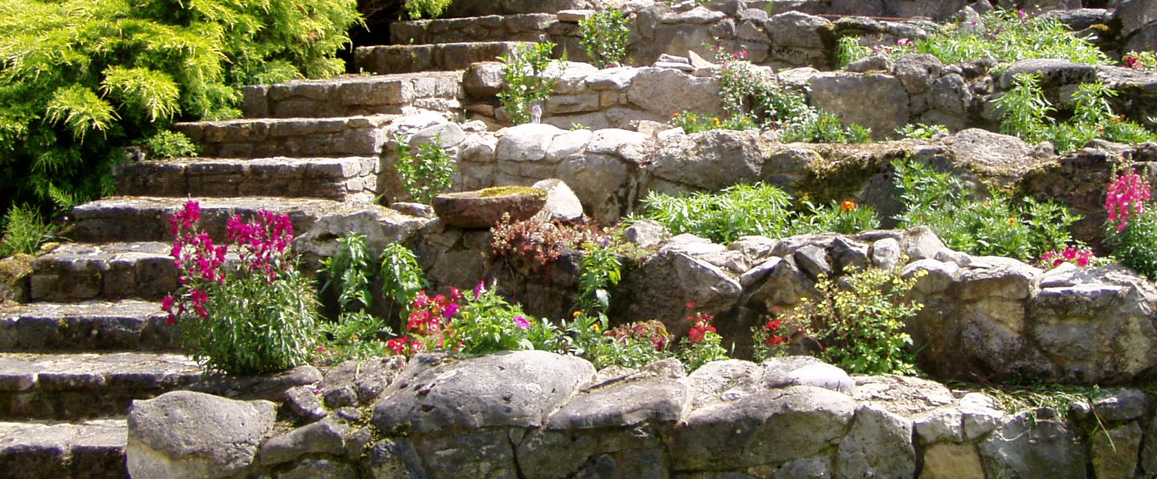Ideen Gestaltung Steingarten Hang: Steingartengestaltung