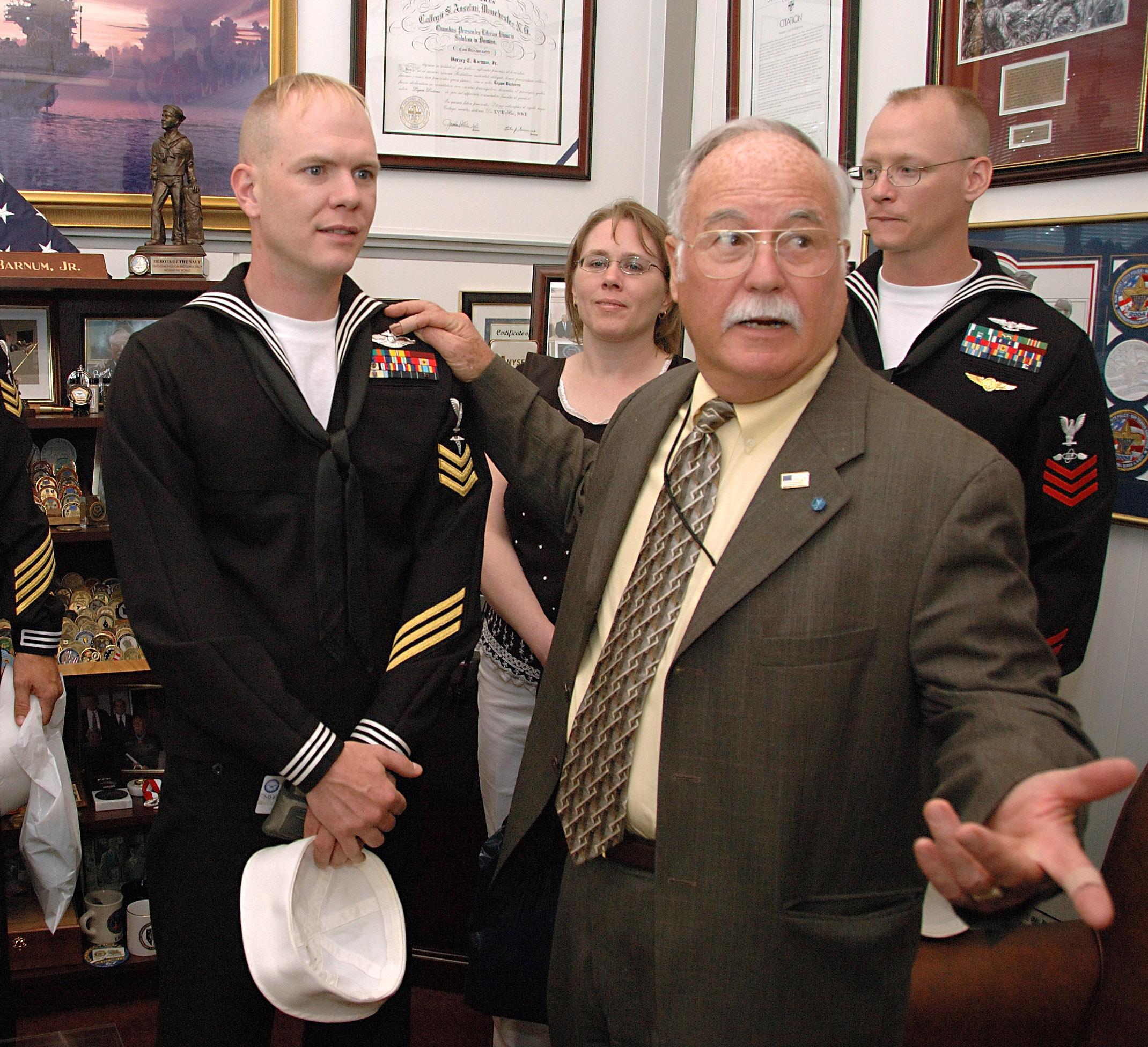 File:US Navy 060425-N-1722M-162 Deputy Assistant Secretary of the ...