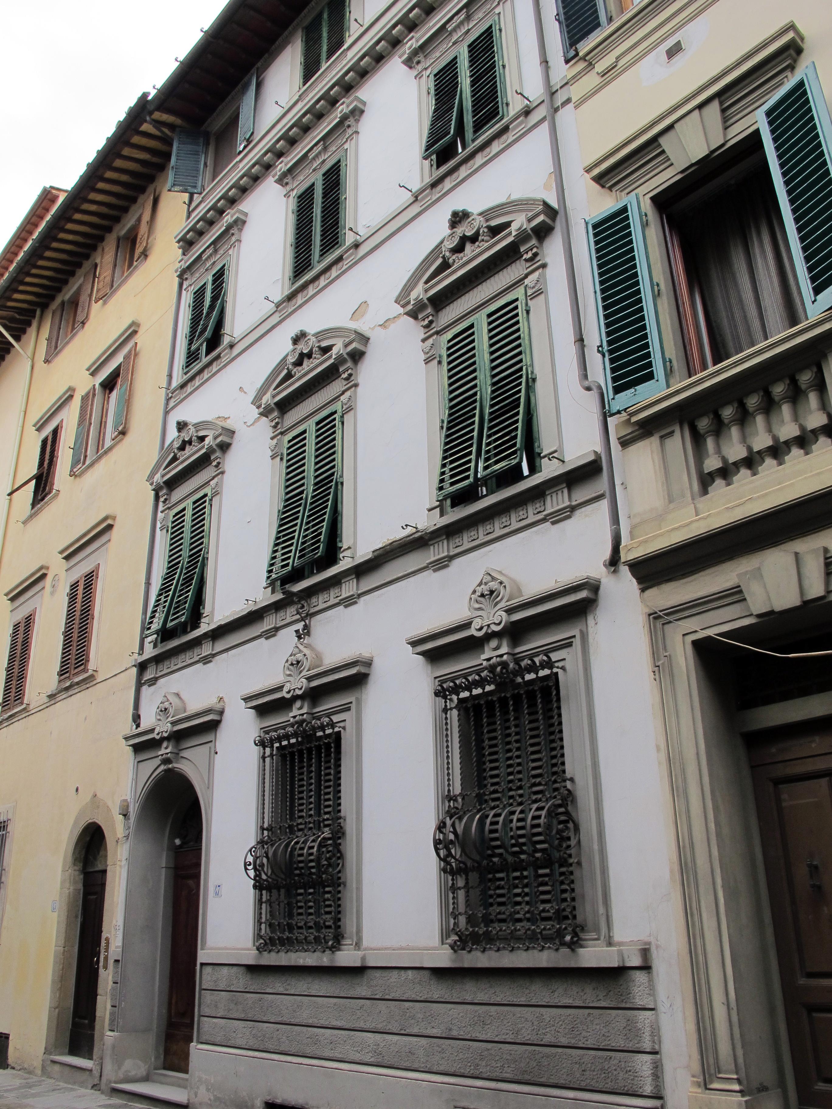FileVia Della Pergola 47 Casa 01JPG