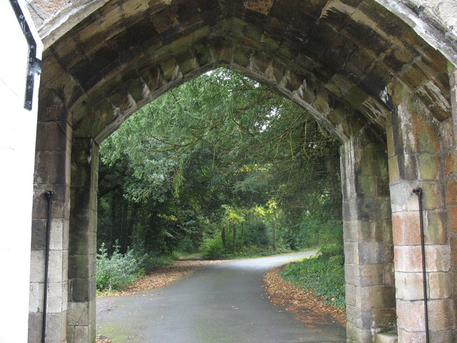 View into the grounds of Penrhyn Castle through the gate of the Port Lodge - geograph.org.uk - 583787