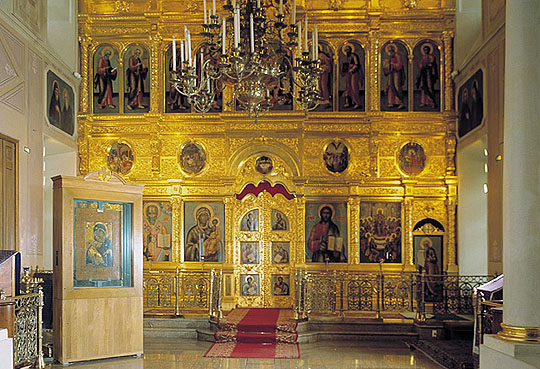 https://upload.wikimedia.org/wikipedia/commons/5/56/Vladimirskaja_ikona_Bo%C5%BEiej_Materi_v_Tret%27jakovskoj.jpg
