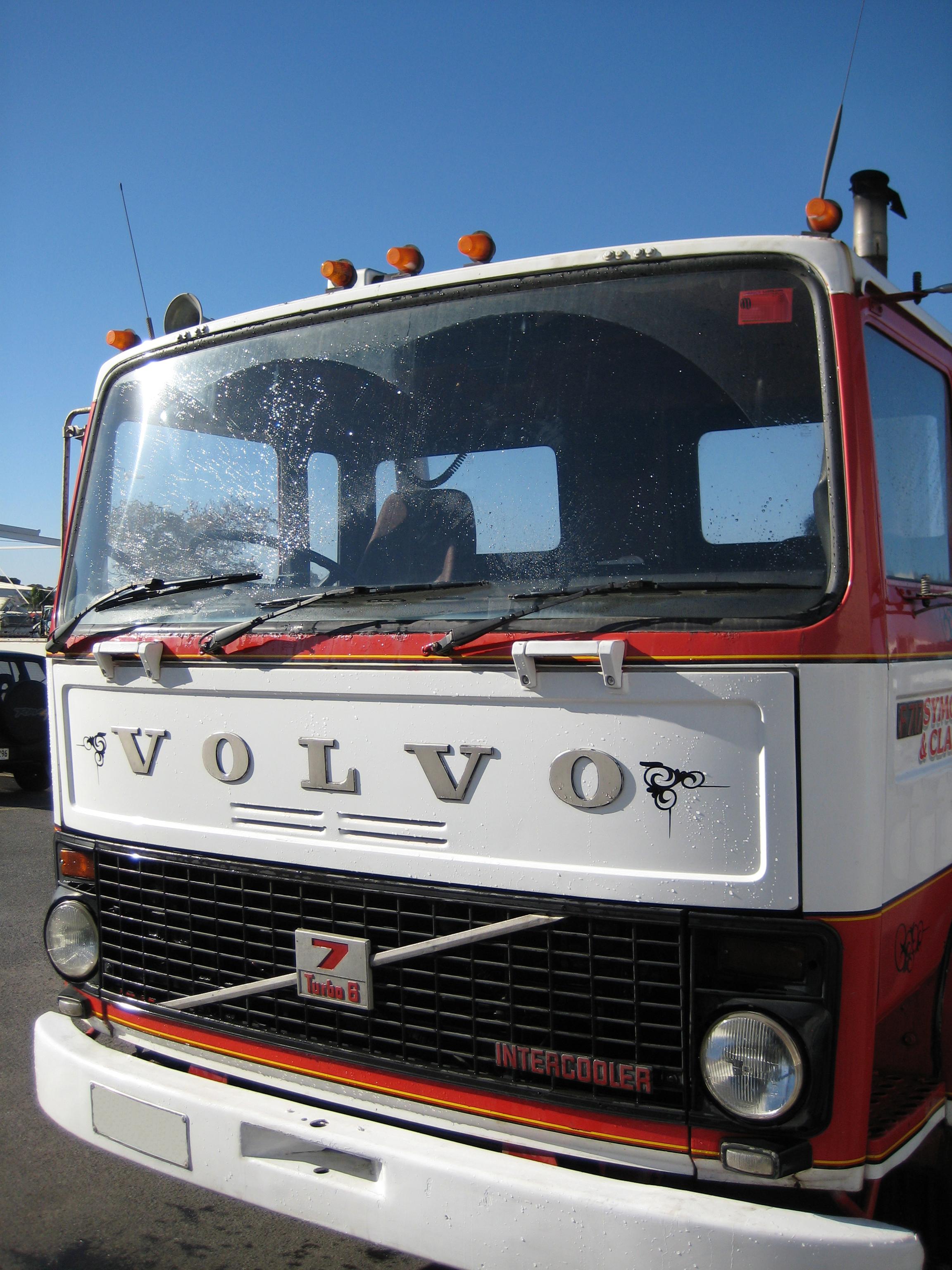 File Volvo F7 4x2 Jpg Wikimedia Commons