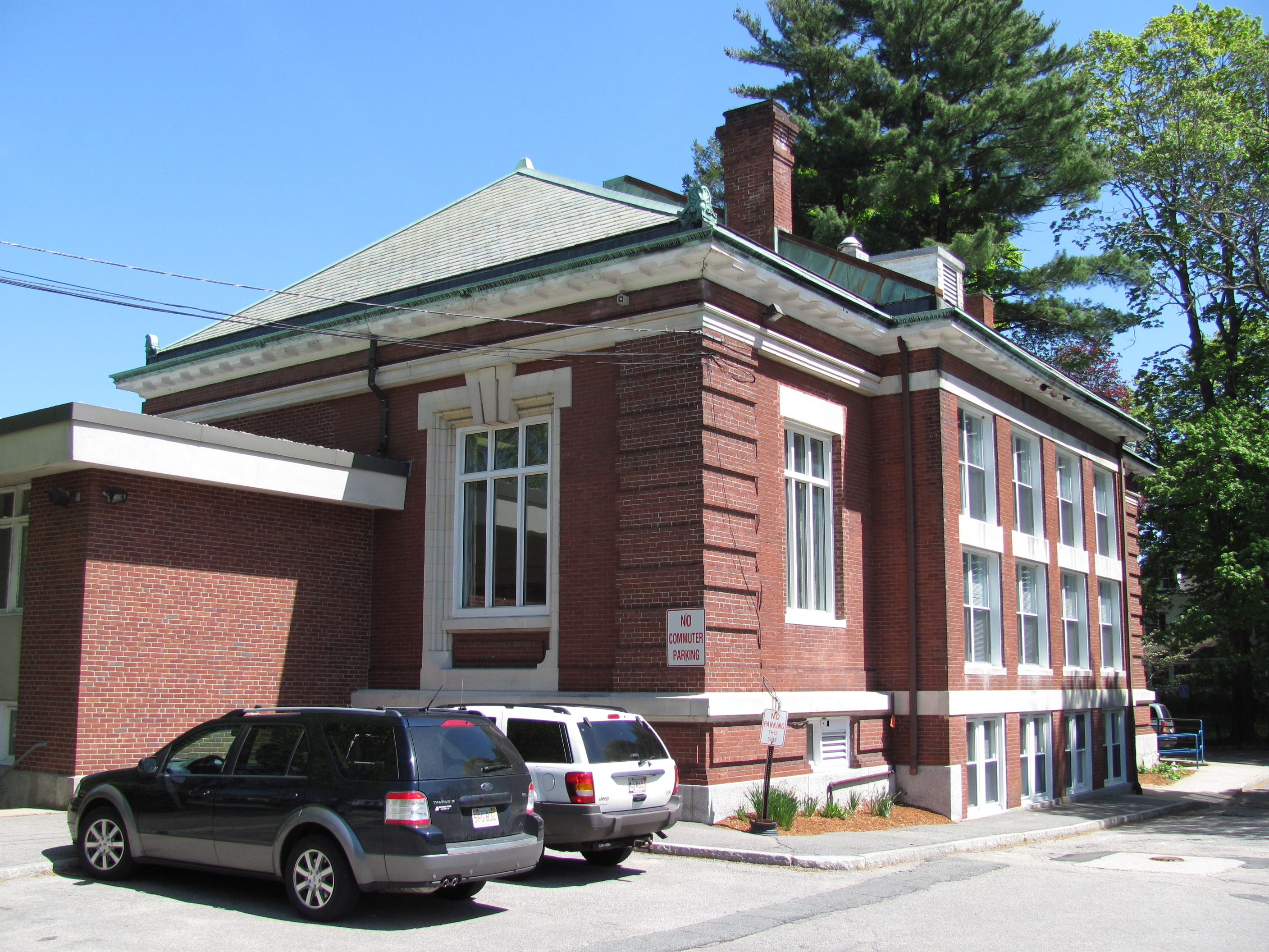 Filewalpole public library walpole mag wikimedia commons filewalpole public library walpole mag publicscrutiny Image collections