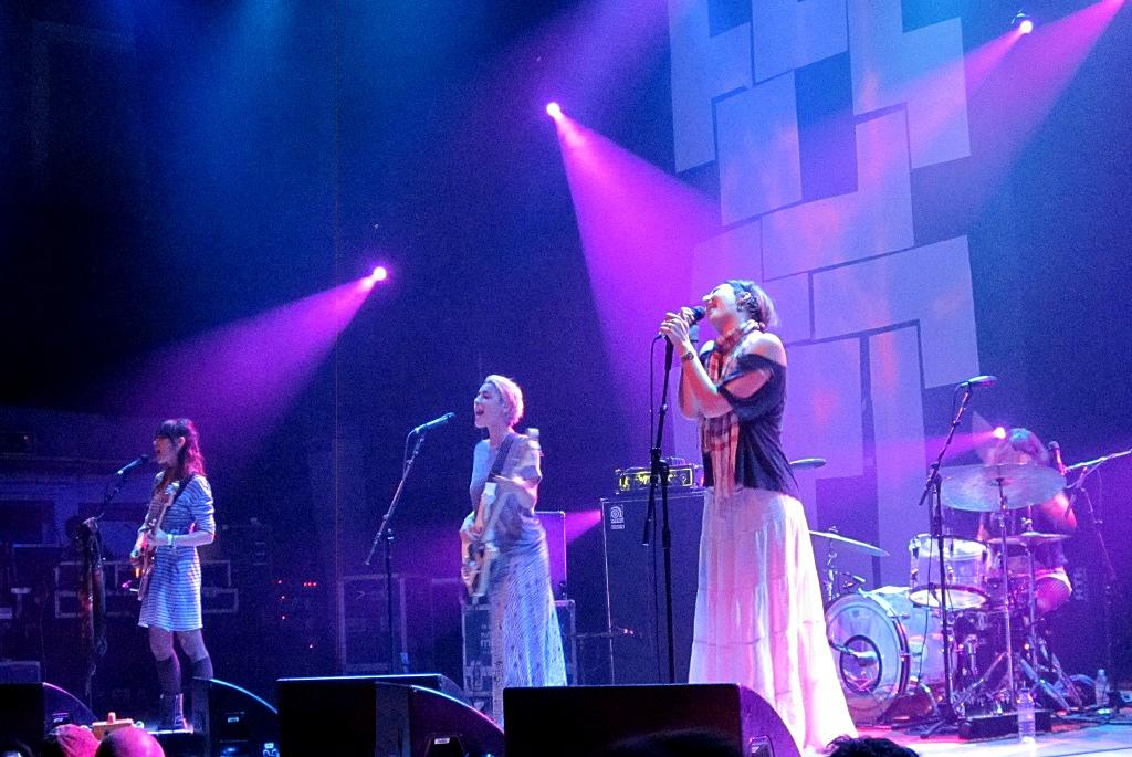 Warpaint (band) - Wikipedia
