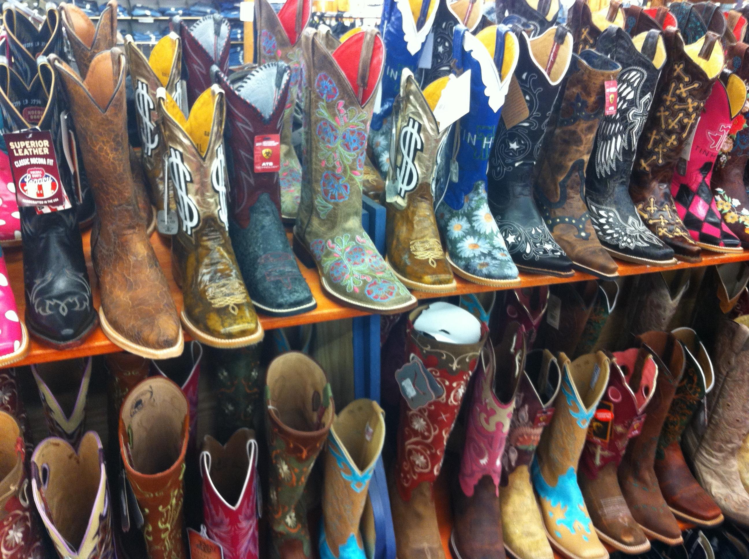 Shoe Brand Size Conversion Chart: Cowboy boot - Wikipedia,Chart