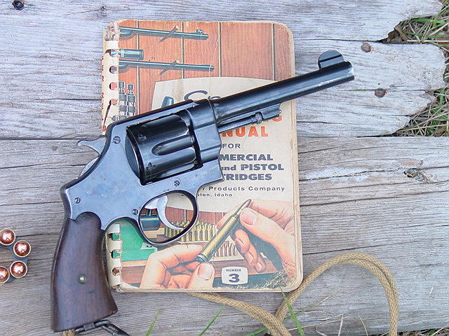 File:1917 Smith and Wesson with Speer reloading handbook jpg