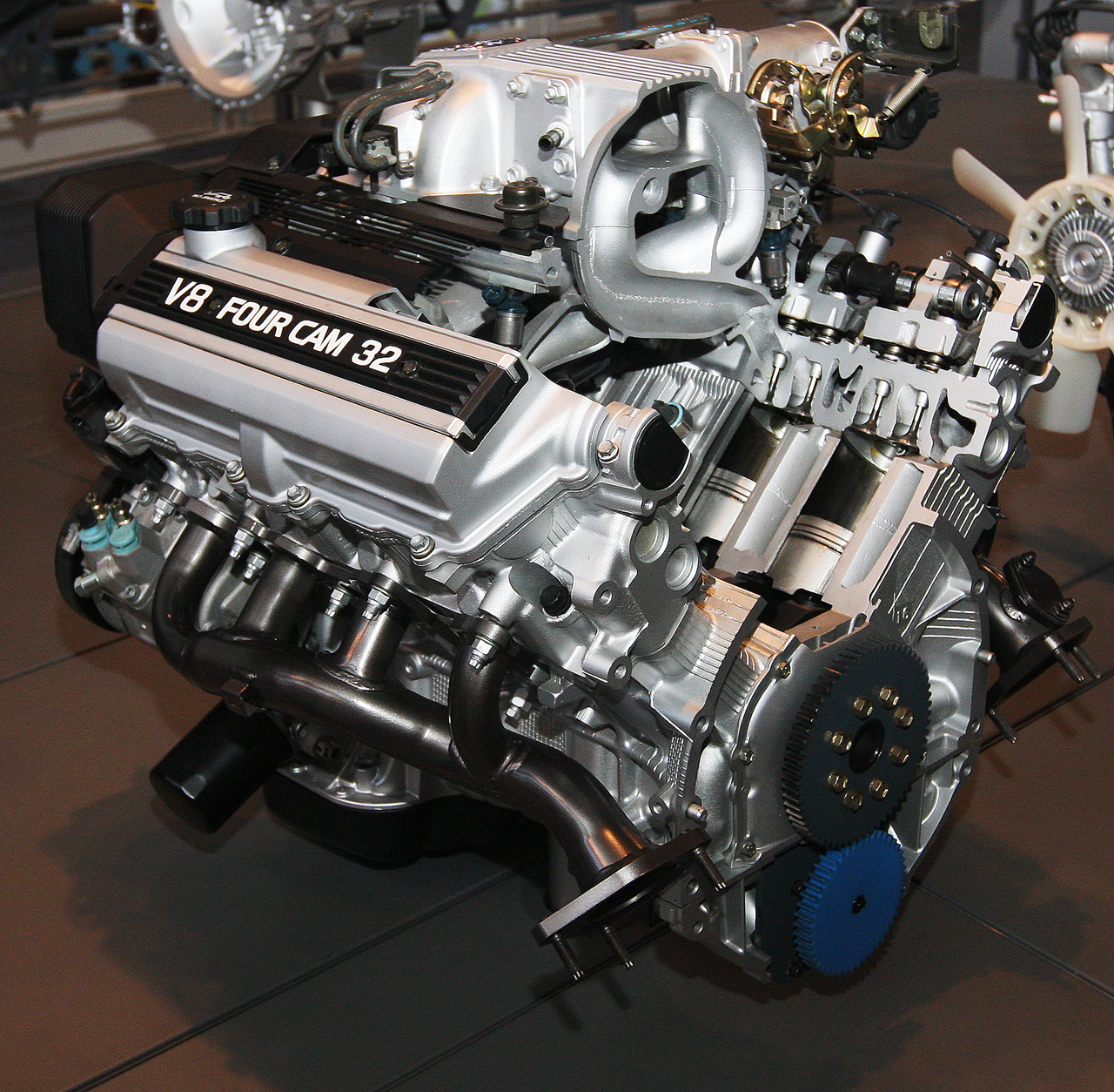 file 1989 toyota 1uz-fe type engine rear jpg