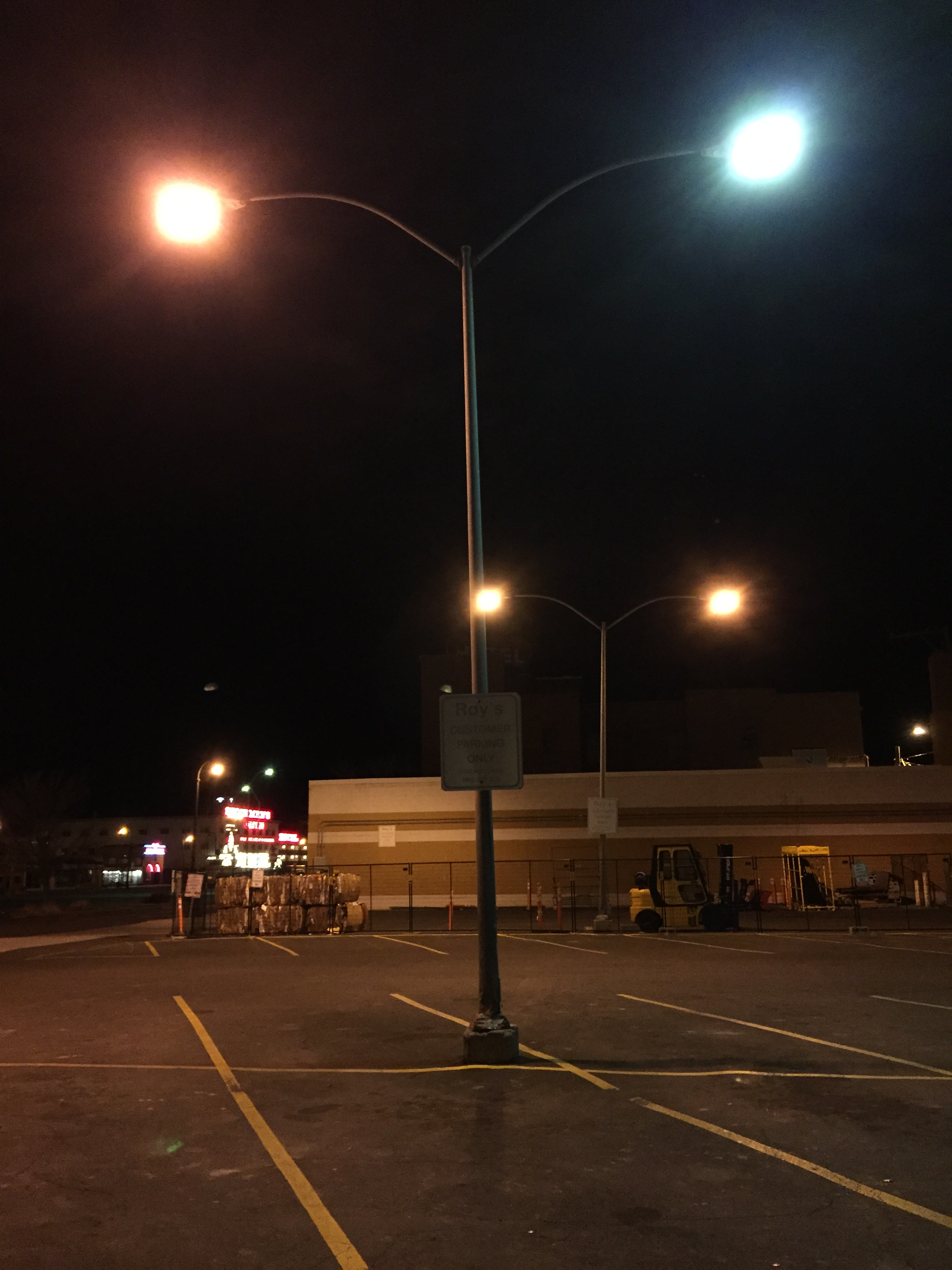 File:2015 02 09 02 48 45 Street Light Post With Both Sodium