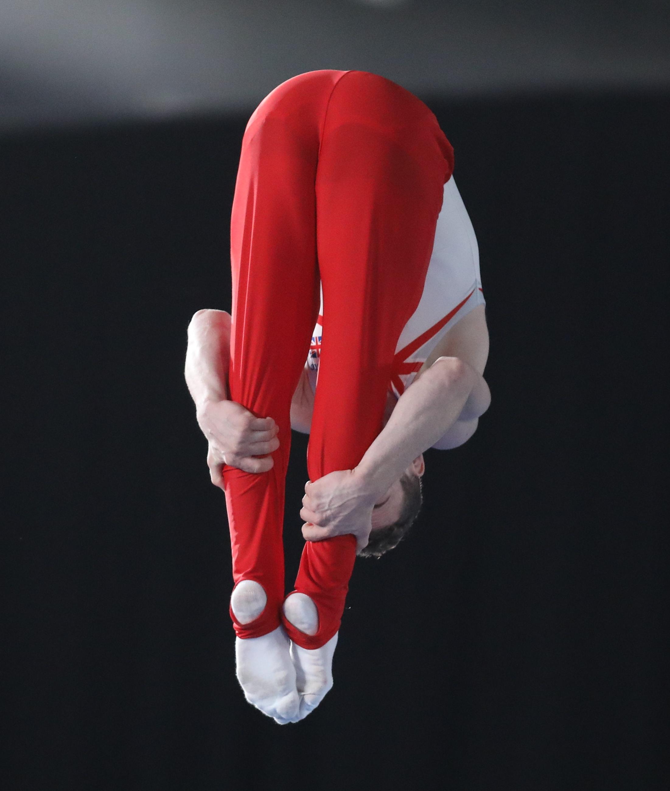 2018-10-14 Boys' Trampoline Gymnastics Final at 2018 Summer Youth Olympics by Sandro Halank-076.jpg Deutsch: Trampolinturnen männlich: Finale
