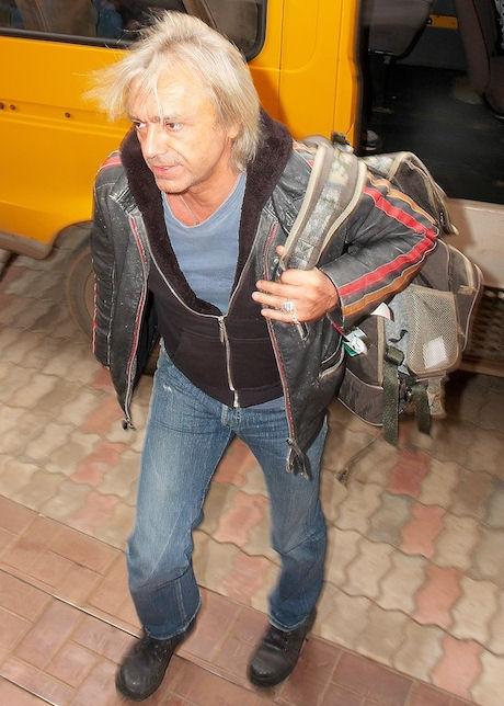 Russian rock n roll heart breaker - 1 2