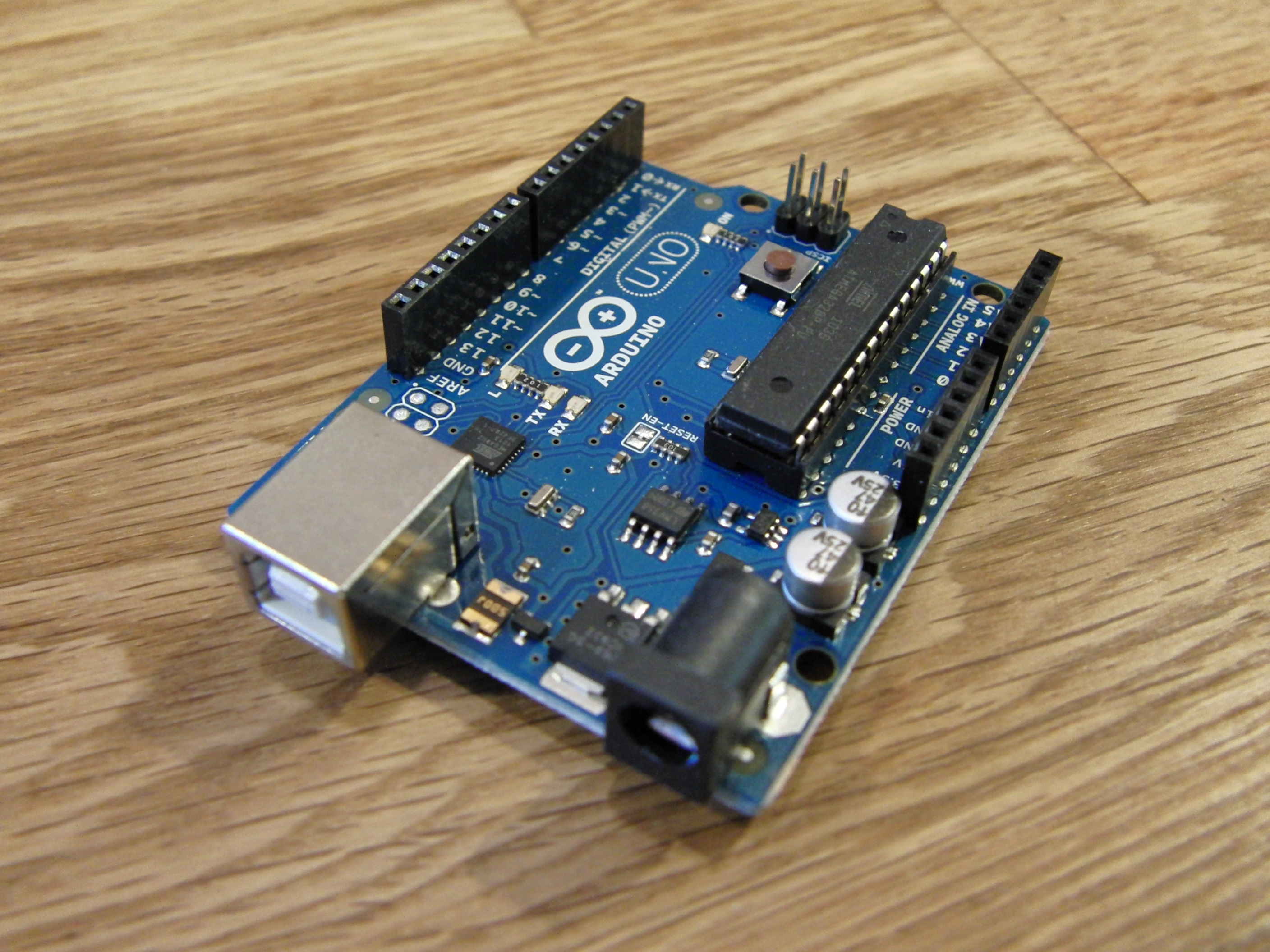 File arduino uno perspective g wikimedia commons