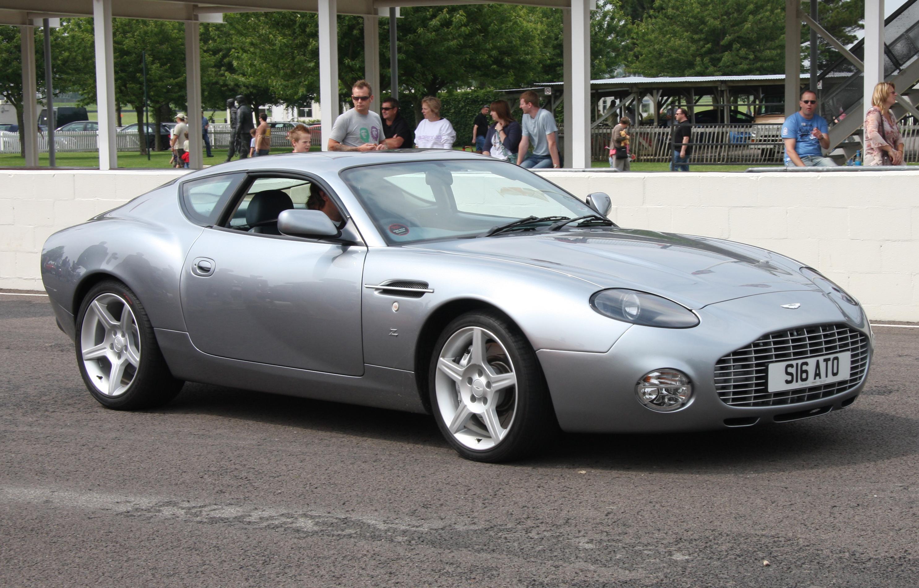 話題のクーペ購入車が教えるアストンマーチン Db7の評価とは?|