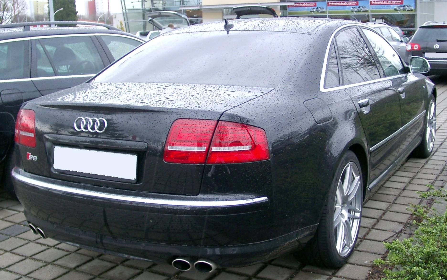 Kelebihan Audi S8 2008 Tangguh