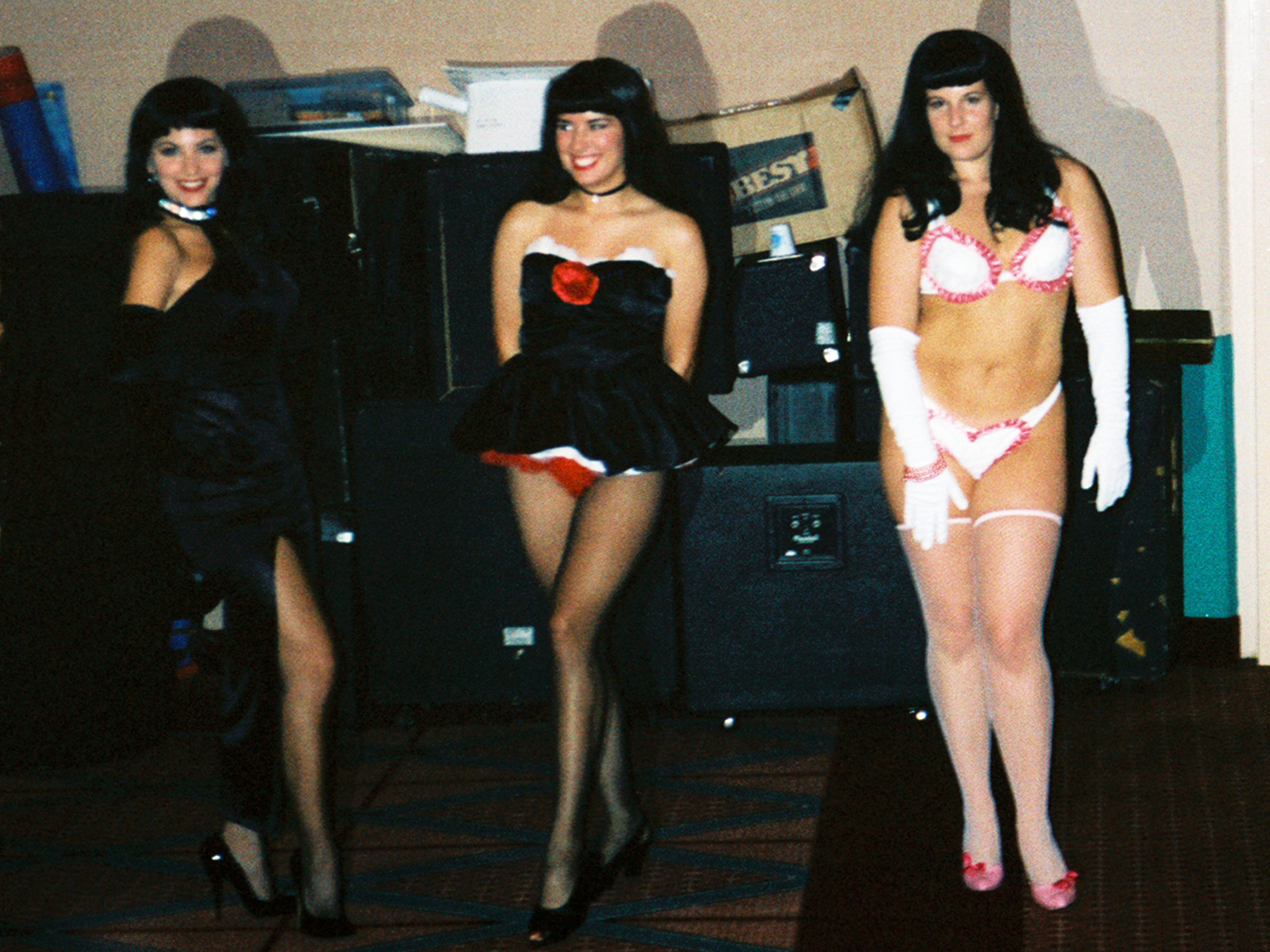 File:Bettie page look-a-likes.jpg - Wikimedia Commons