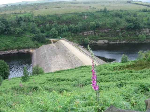 Bilberry Reservoir and Digley Reservoir - geograph.org.uk - 1373801
