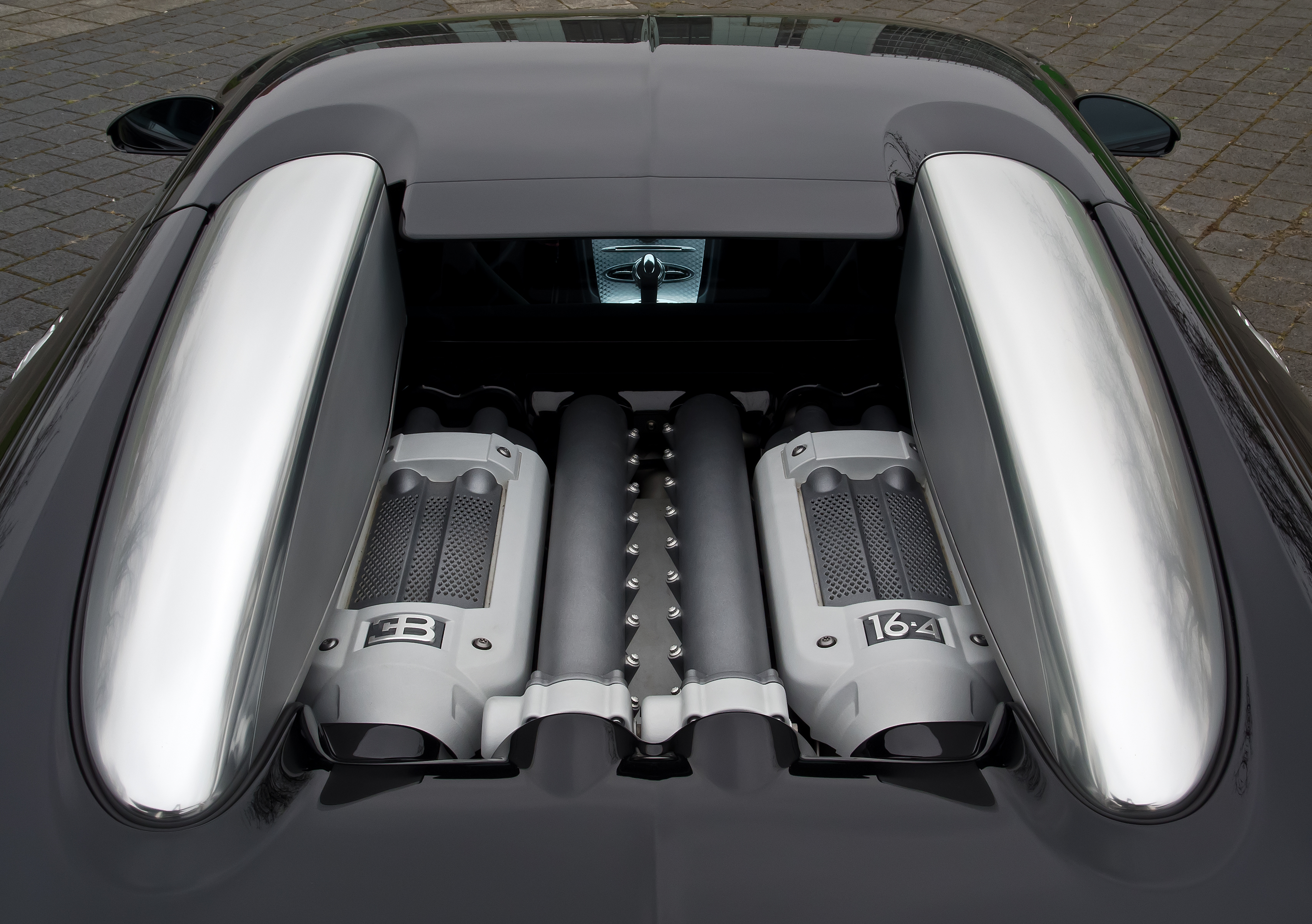 File Bugatti Veyron 16 4 Motor 5 April 2012