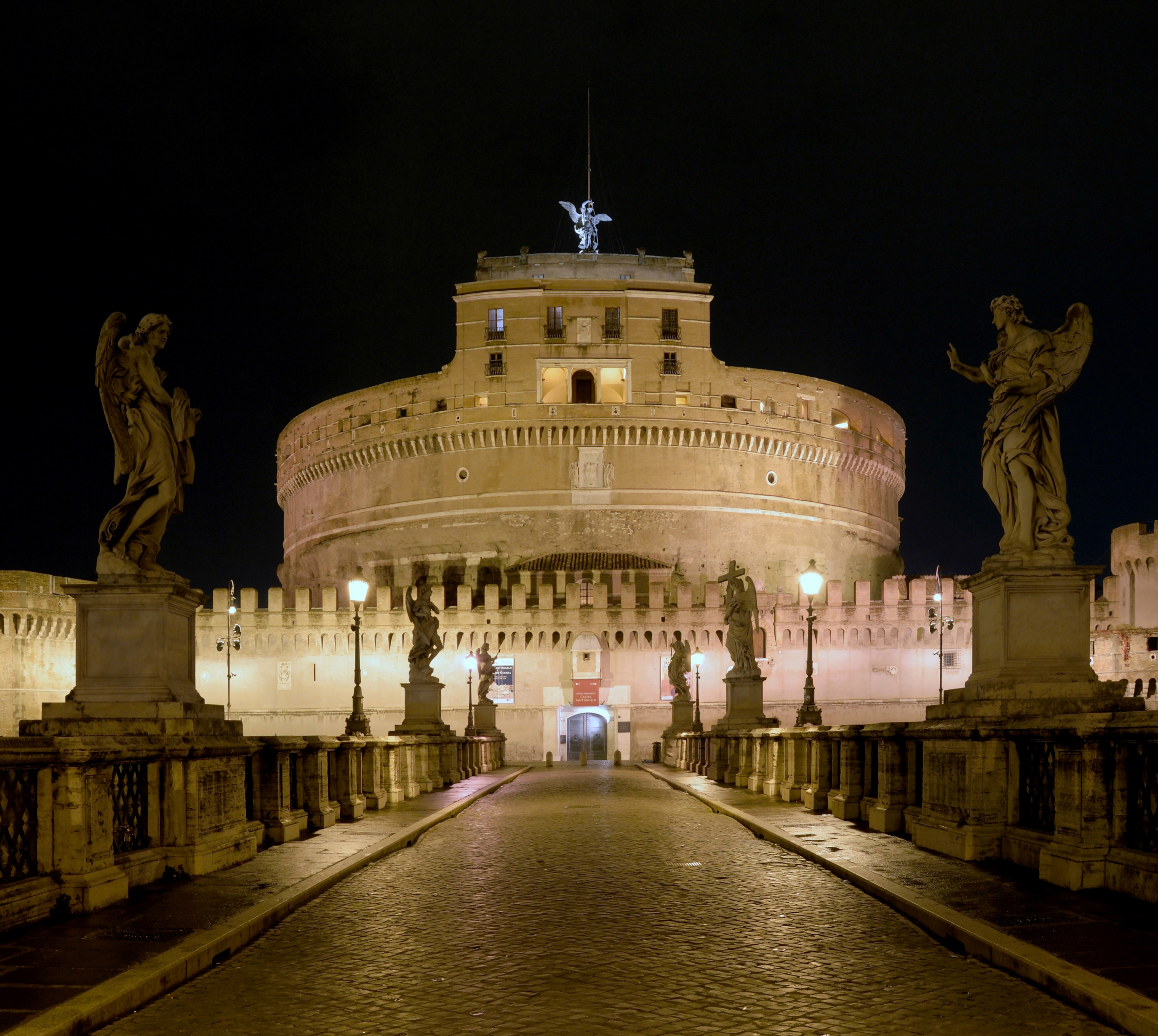 File Castel Sant Angelo At Night Jpg Wikimedia Commons