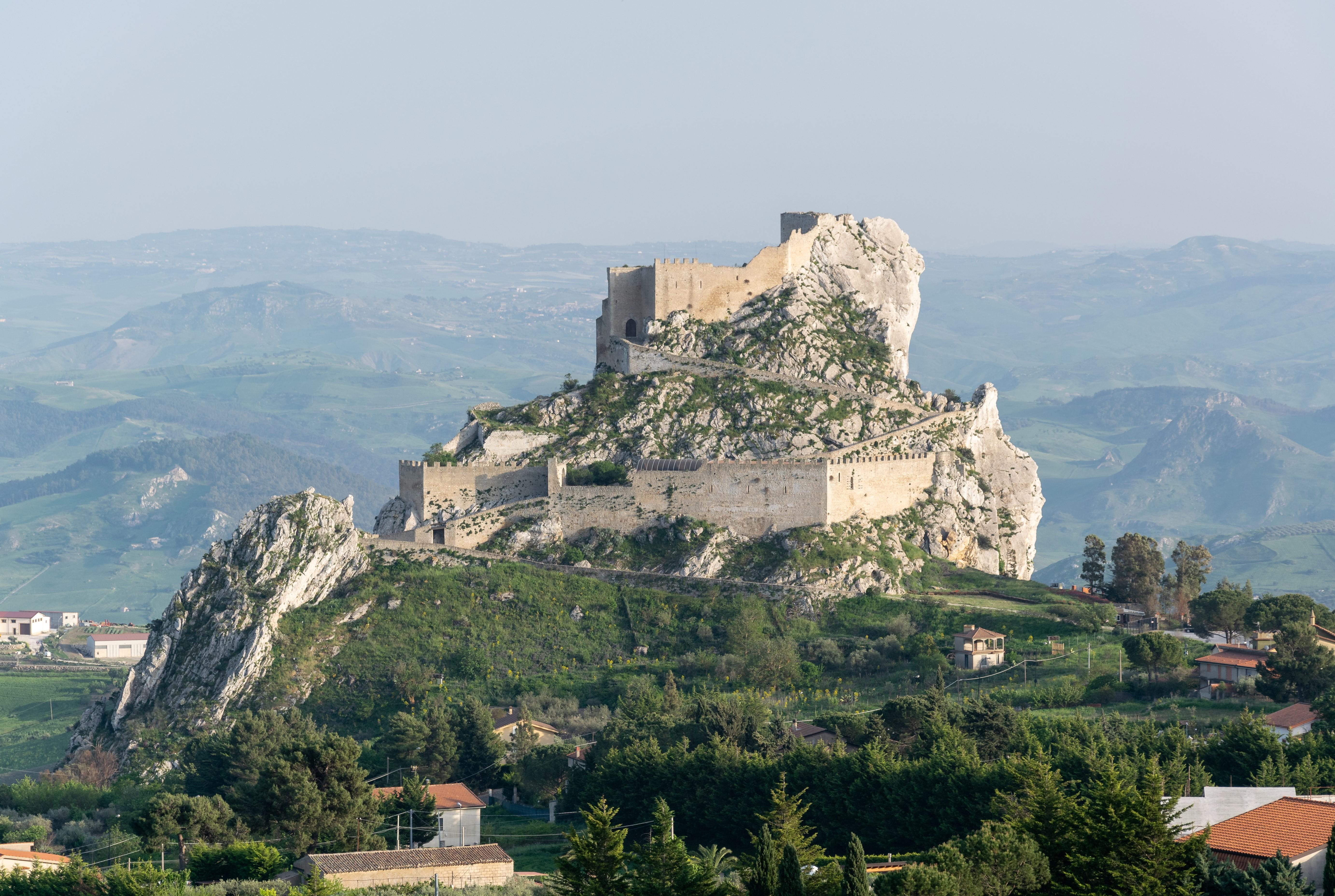 Mussomeli, Castello Manfredonico