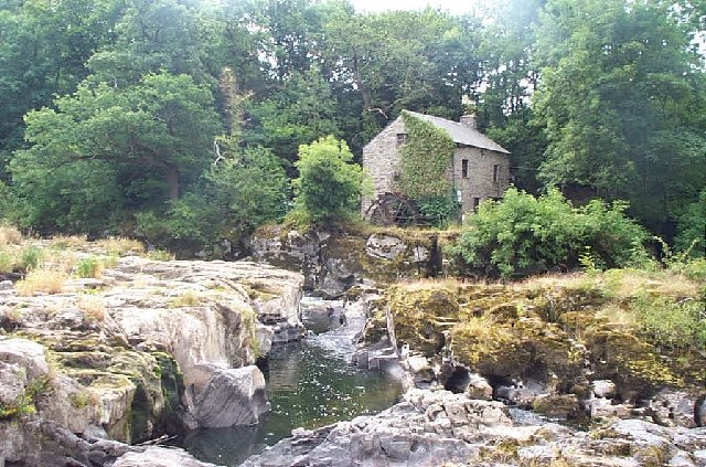 Cenarth Water Mill - geograph.org.uk - 13727
