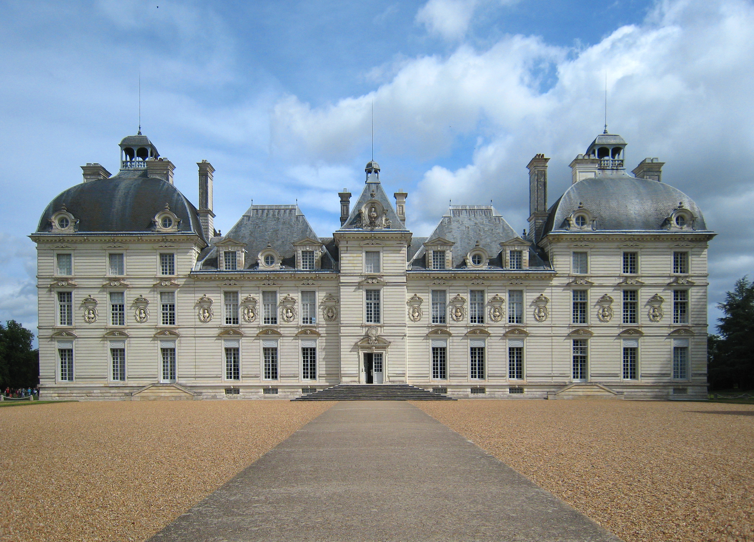 Château of Cheverny - The South façade.