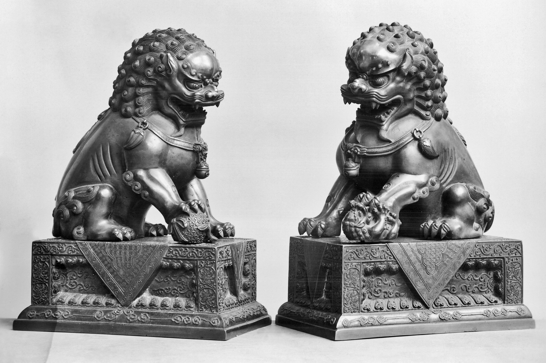 File Chinese Pair Of Lions Walters 542187 542190 Jpg