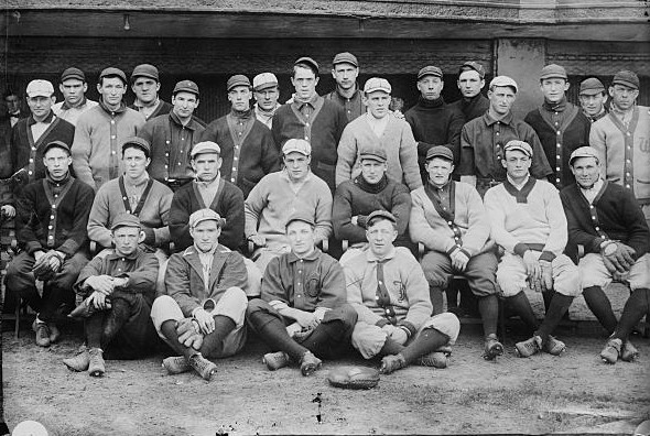 Cincinnati Reds, baseball team in 1909