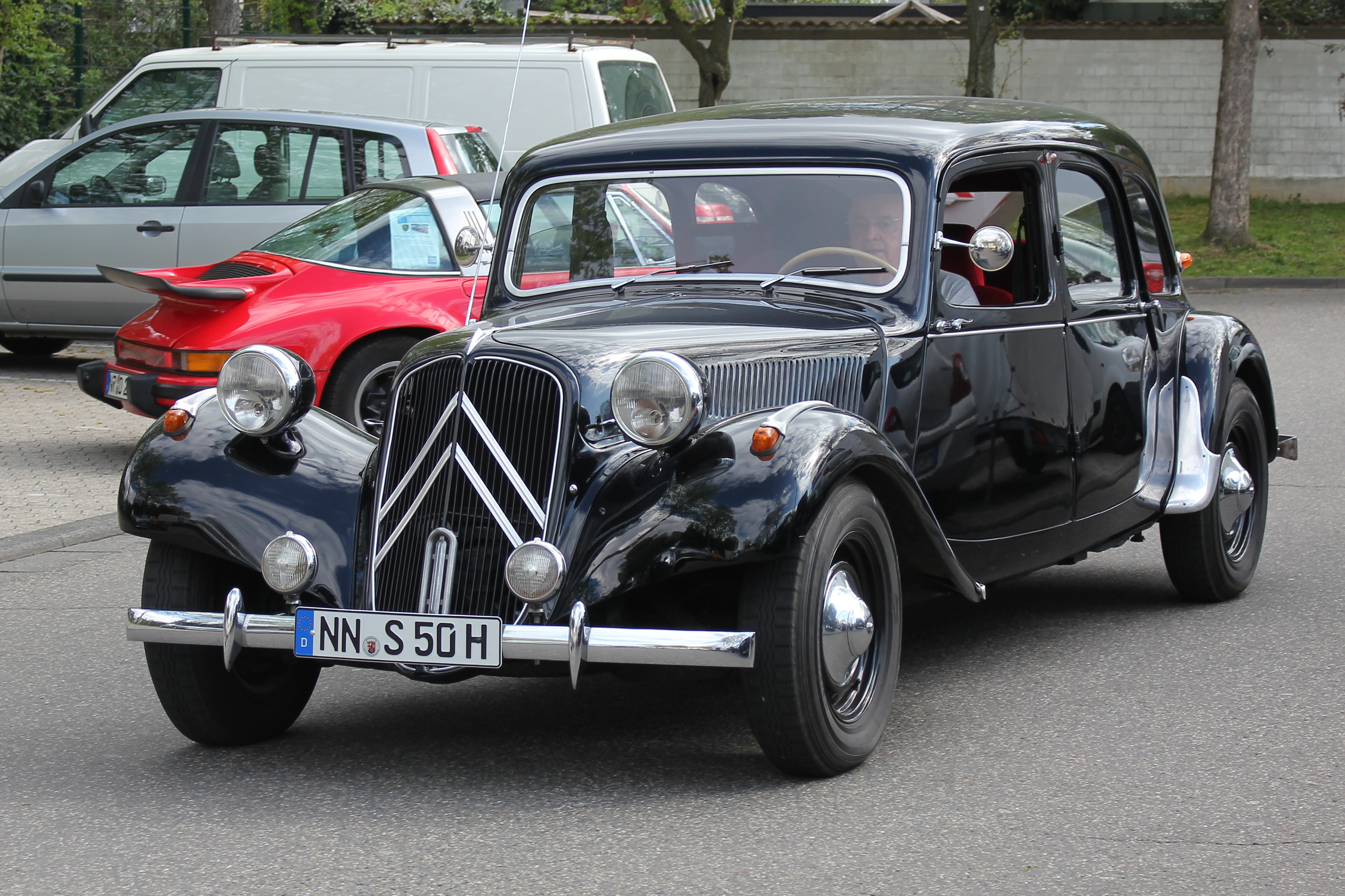 file citro n traction avant 11 cv commerciale bj 1954 6701 r jpg wikimedia commons. Black Bedroom Furniture Sets. Home Design Ideas