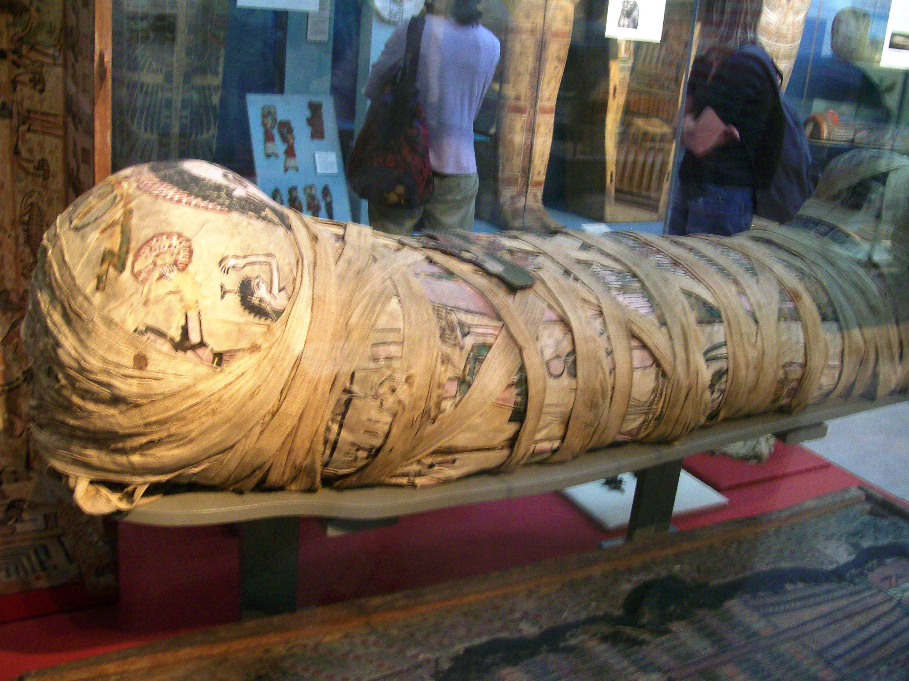 File Cleopatra Mummy Jpg Wikimedia Commons