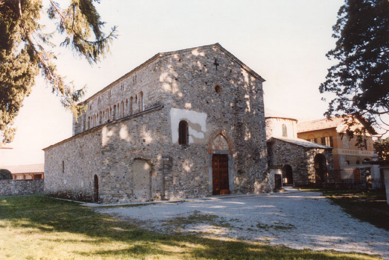 Basilica Di San Vincenzo Wikipedia