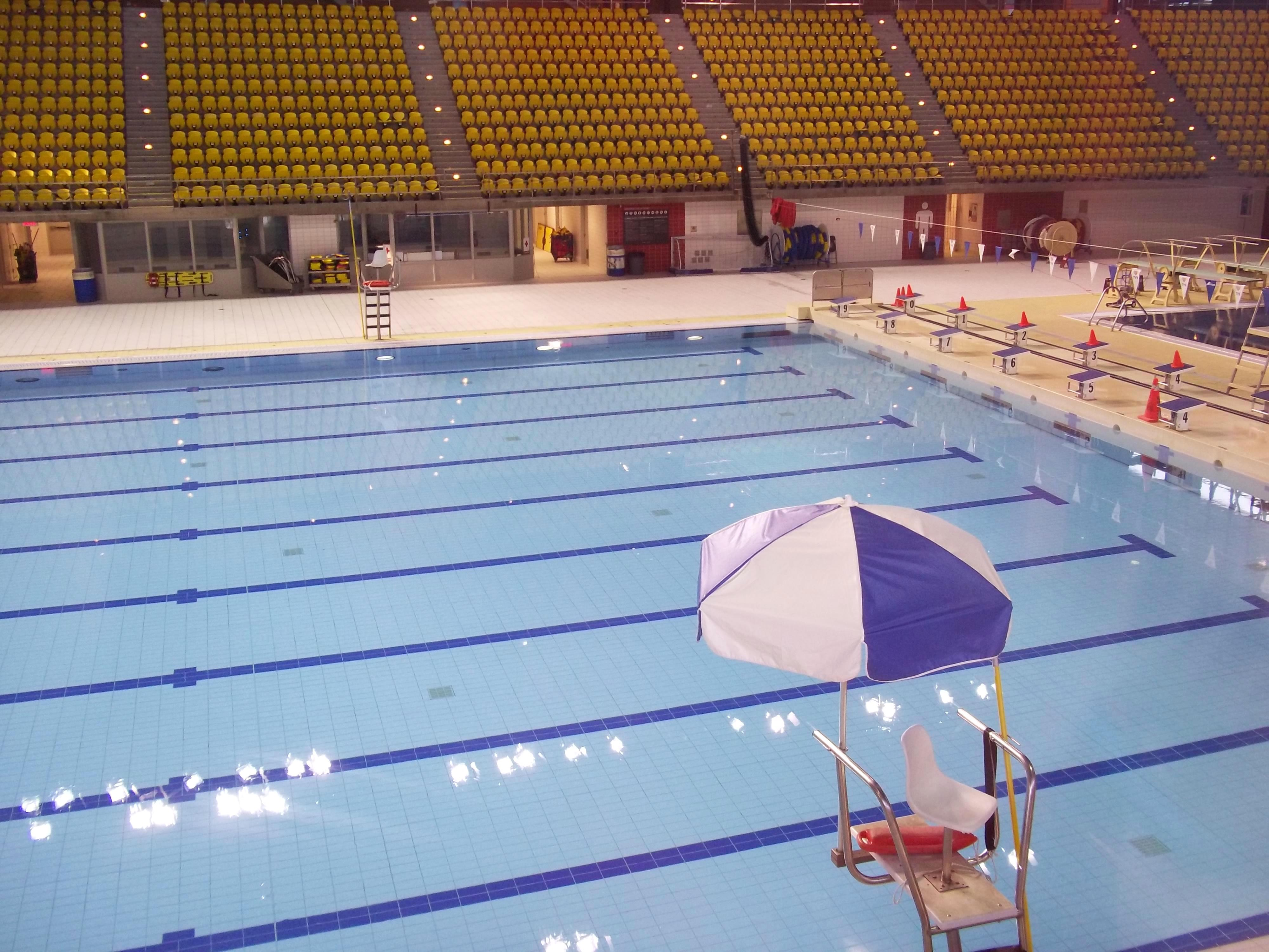 Complexe sportif claude robillard image for Centre sportif claude robillard piscine