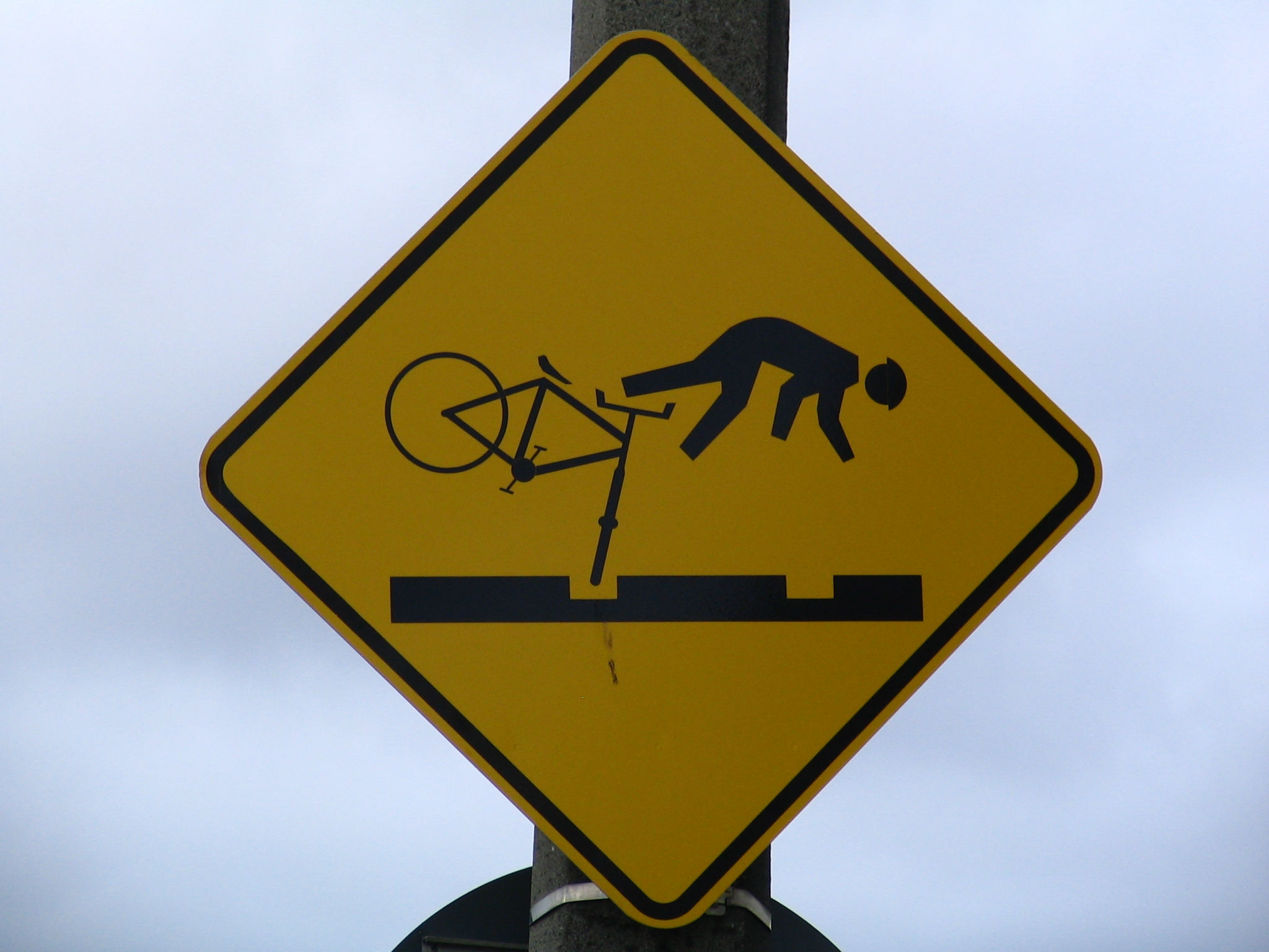 File:Cyclists beware s...