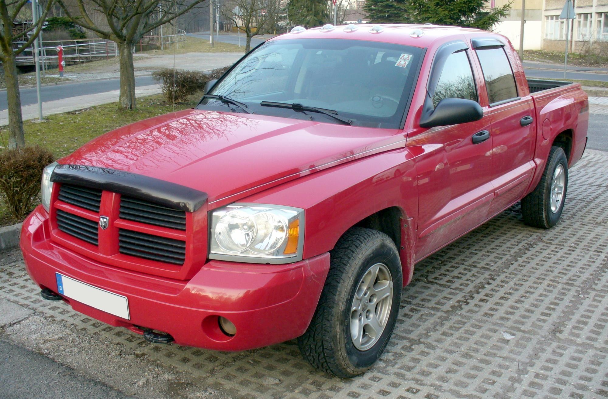 File:Dodge Dakota SLS 4x4 Magnum-V8.JPG - Wikimedia Commons