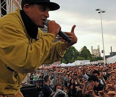 Datei:Evidence of Dilated Peoples 2006.jpg