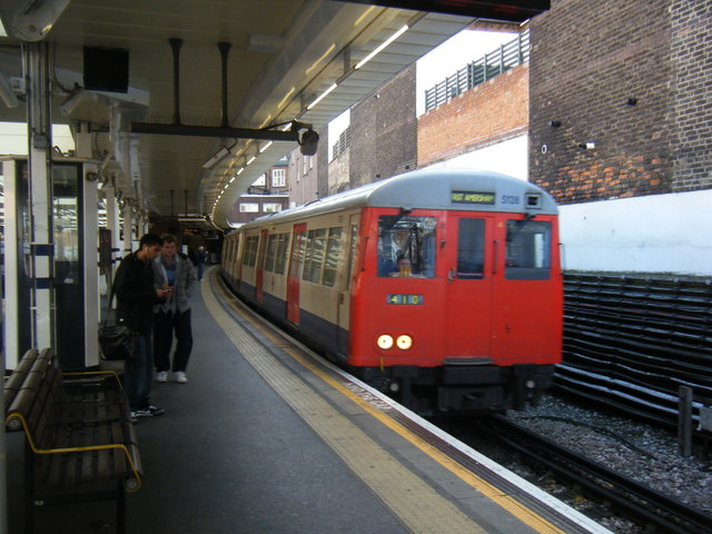 Finchley Road station. - geograph.org.uk - 1592075