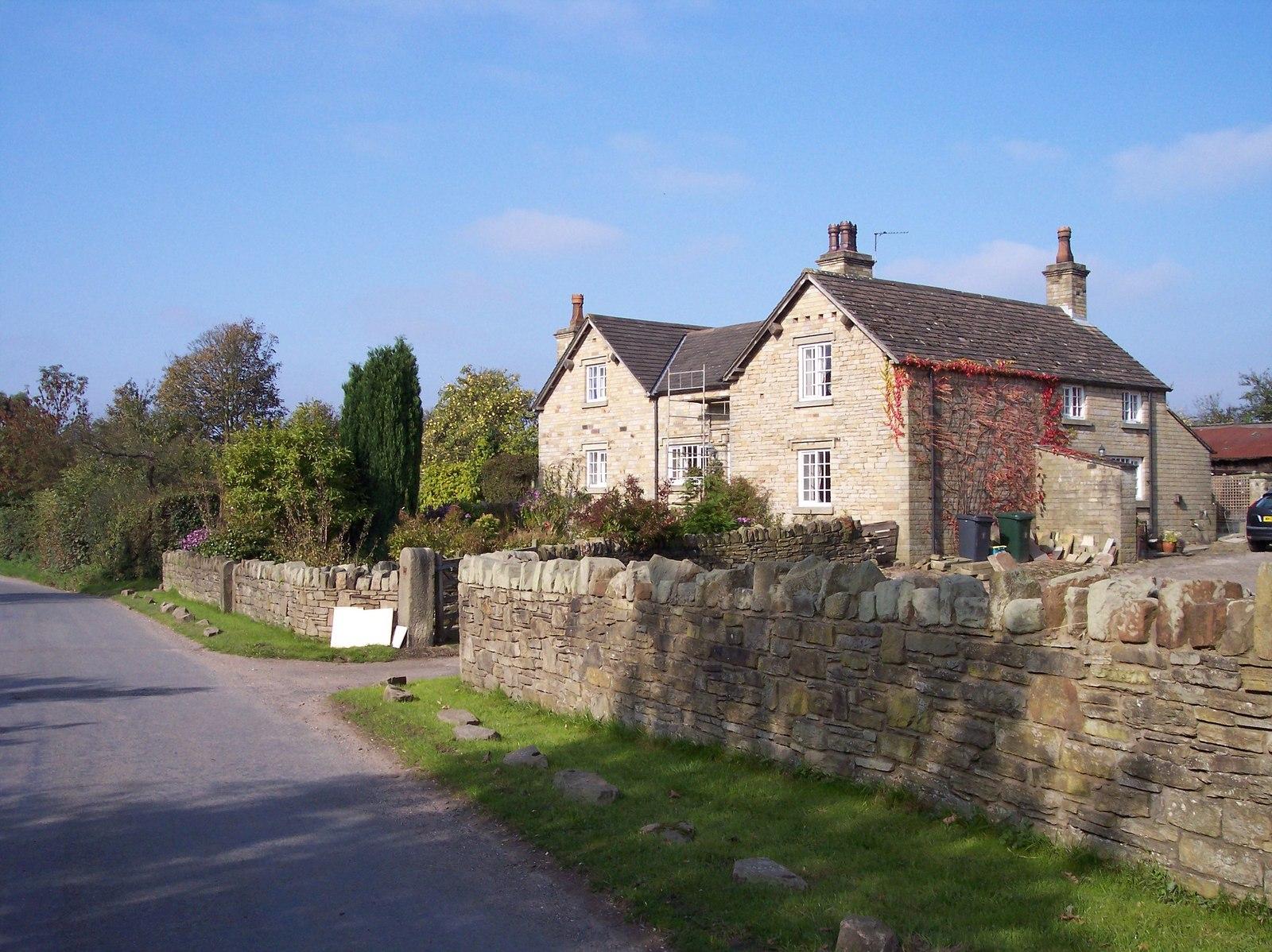 File Fine old stone farmhouse on Lees Lane geograph