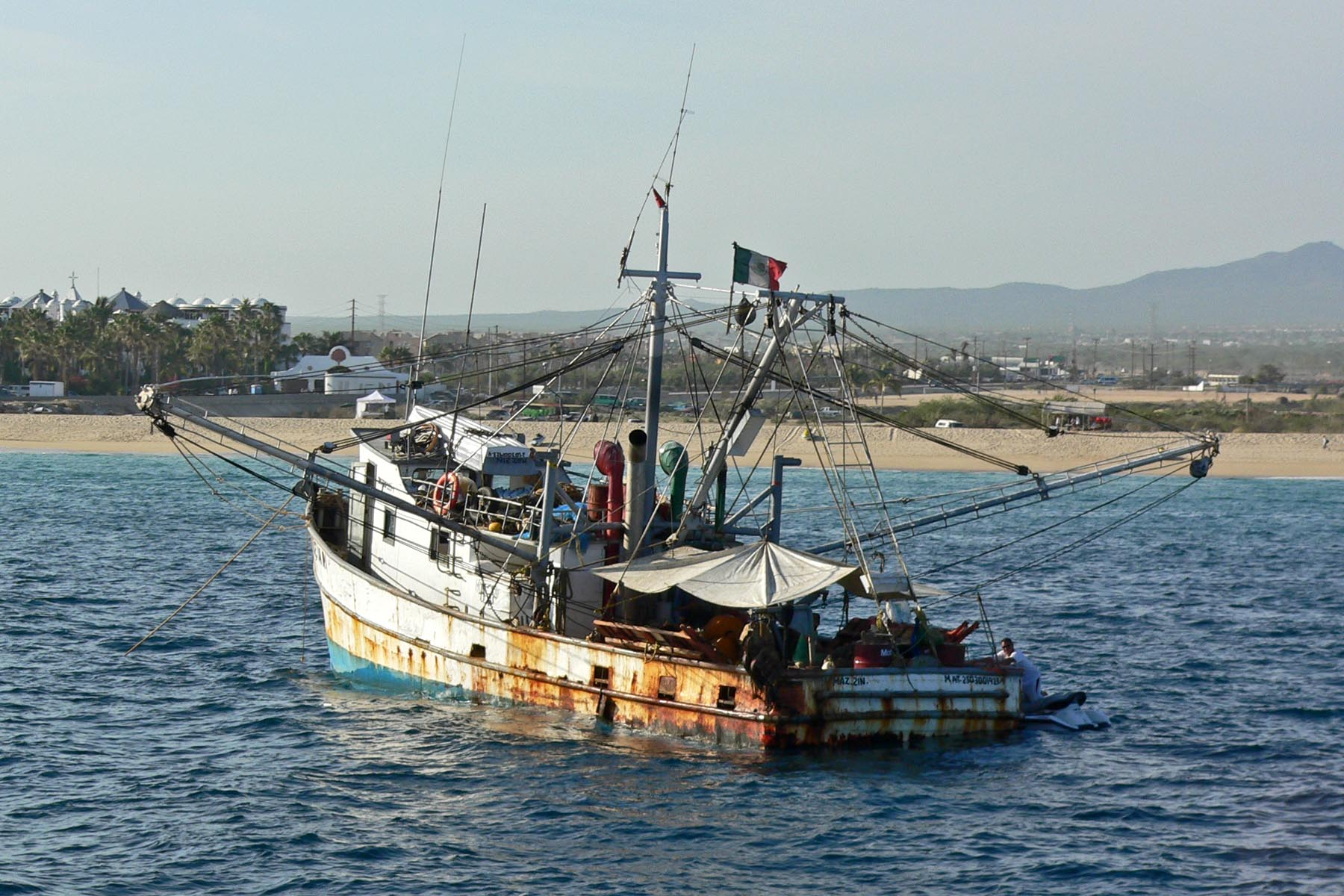 File Fishing boat Che Guevara