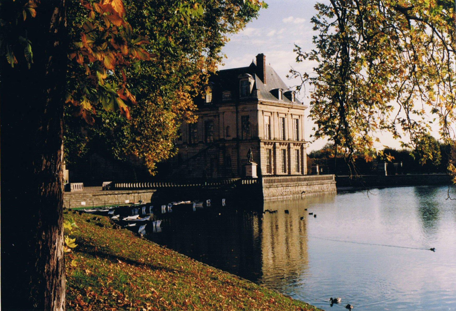 Mes experiences en france le chateau fontainebleau for Architecte fontainebleau