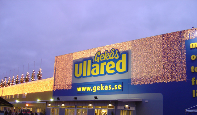http://upload.wikimedia.org/wikipedia/commons/5/57/Gekas_ullared_christmastime_2005.jpg