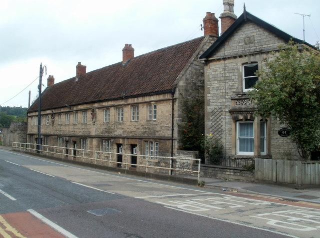 Grade II listed Bridges Almshouses, Keynsham (geograph 2583978)