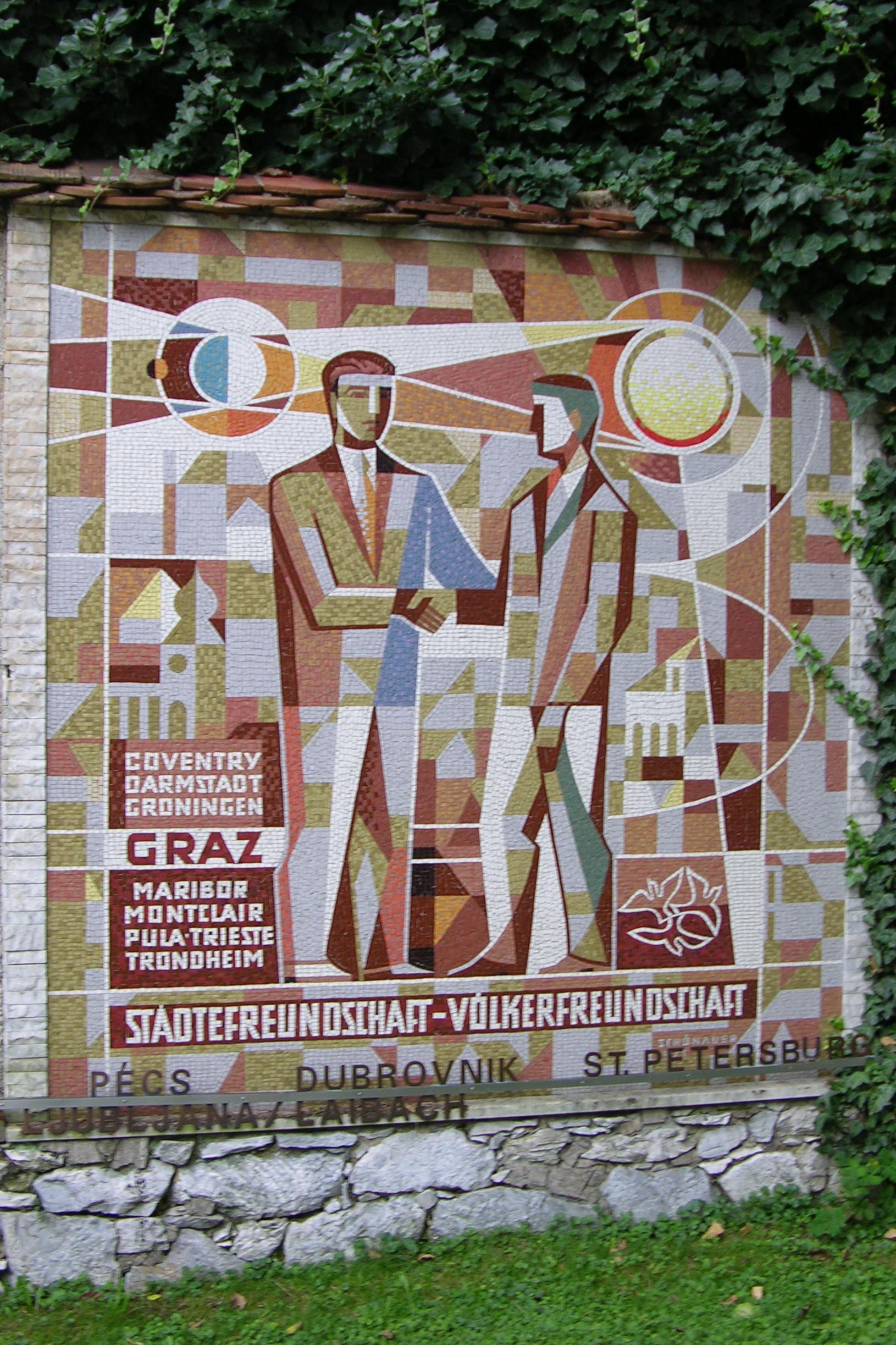 Denkmal für Städtefreundschaft auf dem Schloßberg (2008)