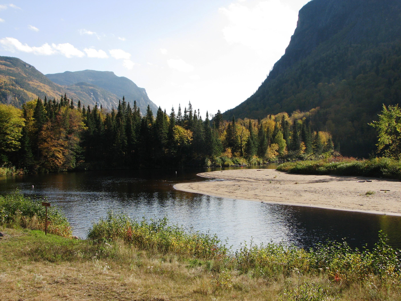 Description hautes-gorges-de-la-rivière-malbaie