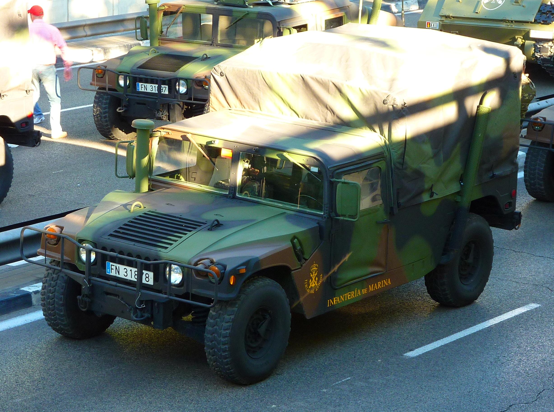 파일:Humvee M-1038 español.JPG