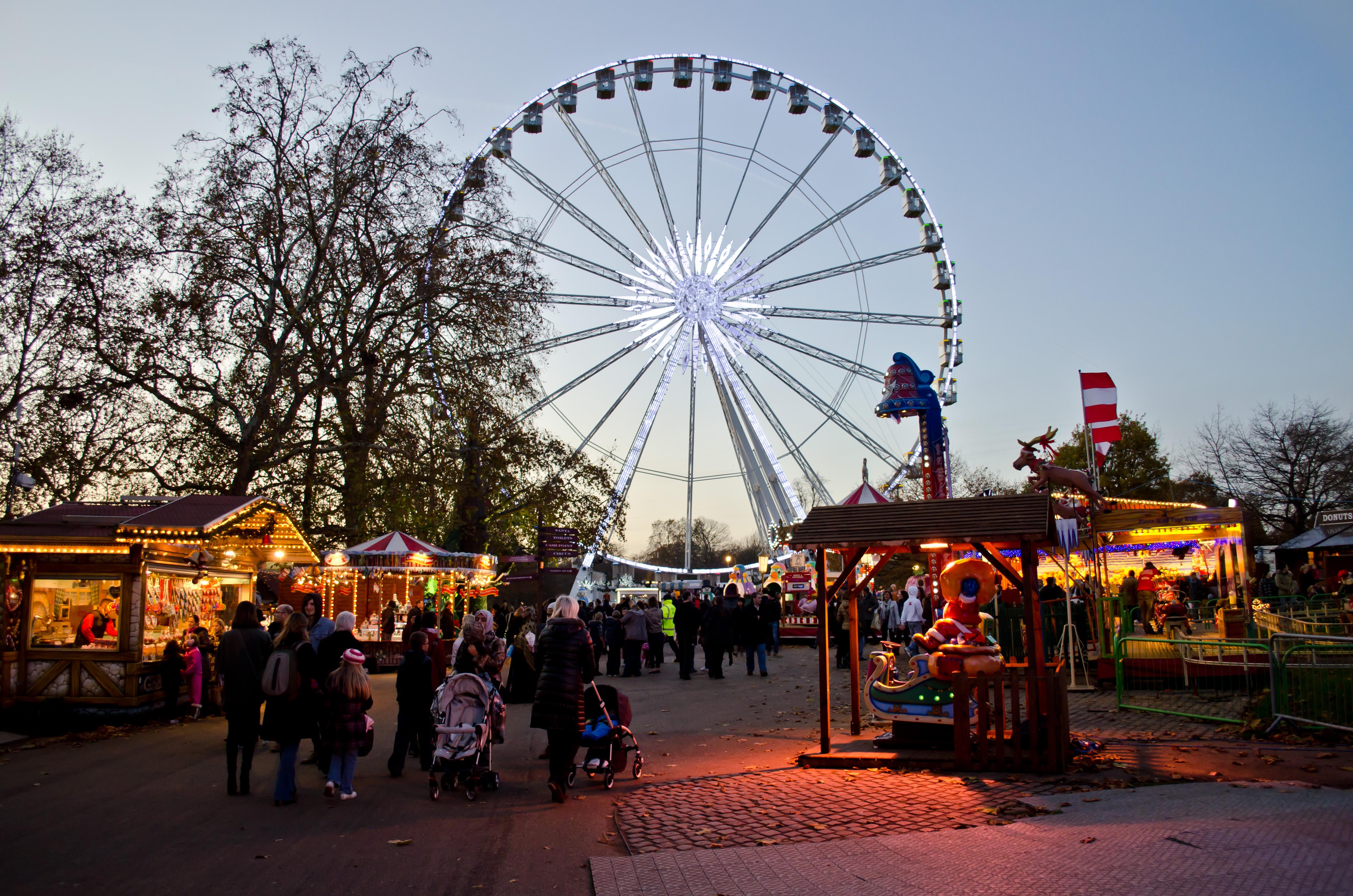 File:Hyde Park Winter Wonderland 2011 - 35.jpg - Wikimedia ...