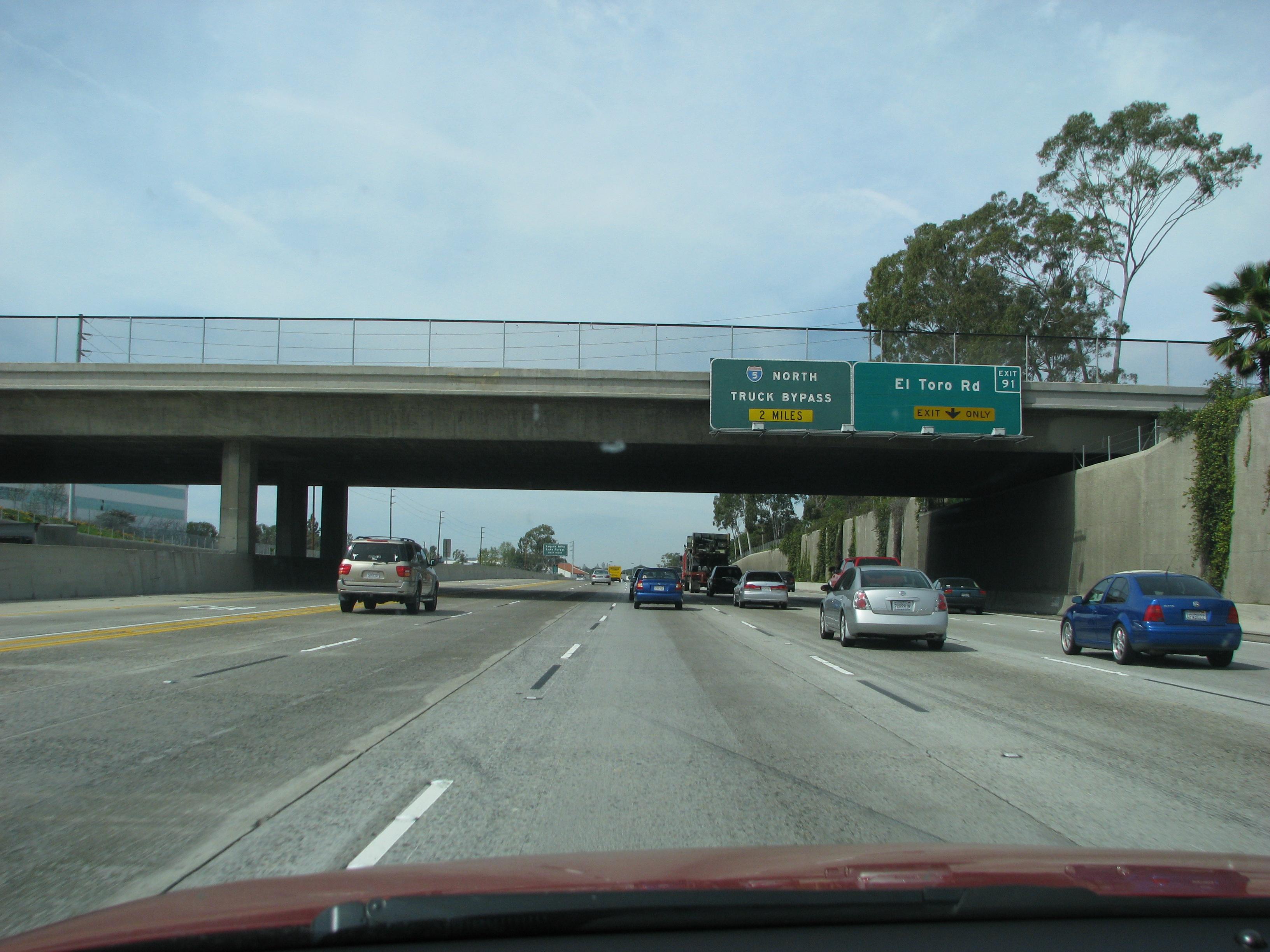 File:I-5 N in California near exit 91 JPG - Wikimedia Commons