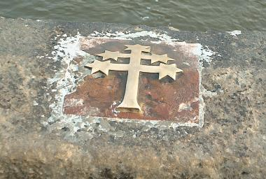 The place on the bridge parapet where John of Nepomuk was thrown into the Vltava. John of Nepomuk2.jpg