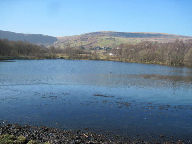 Lake in Dare Valley Country Park - geograph.org.uk - 2292881
