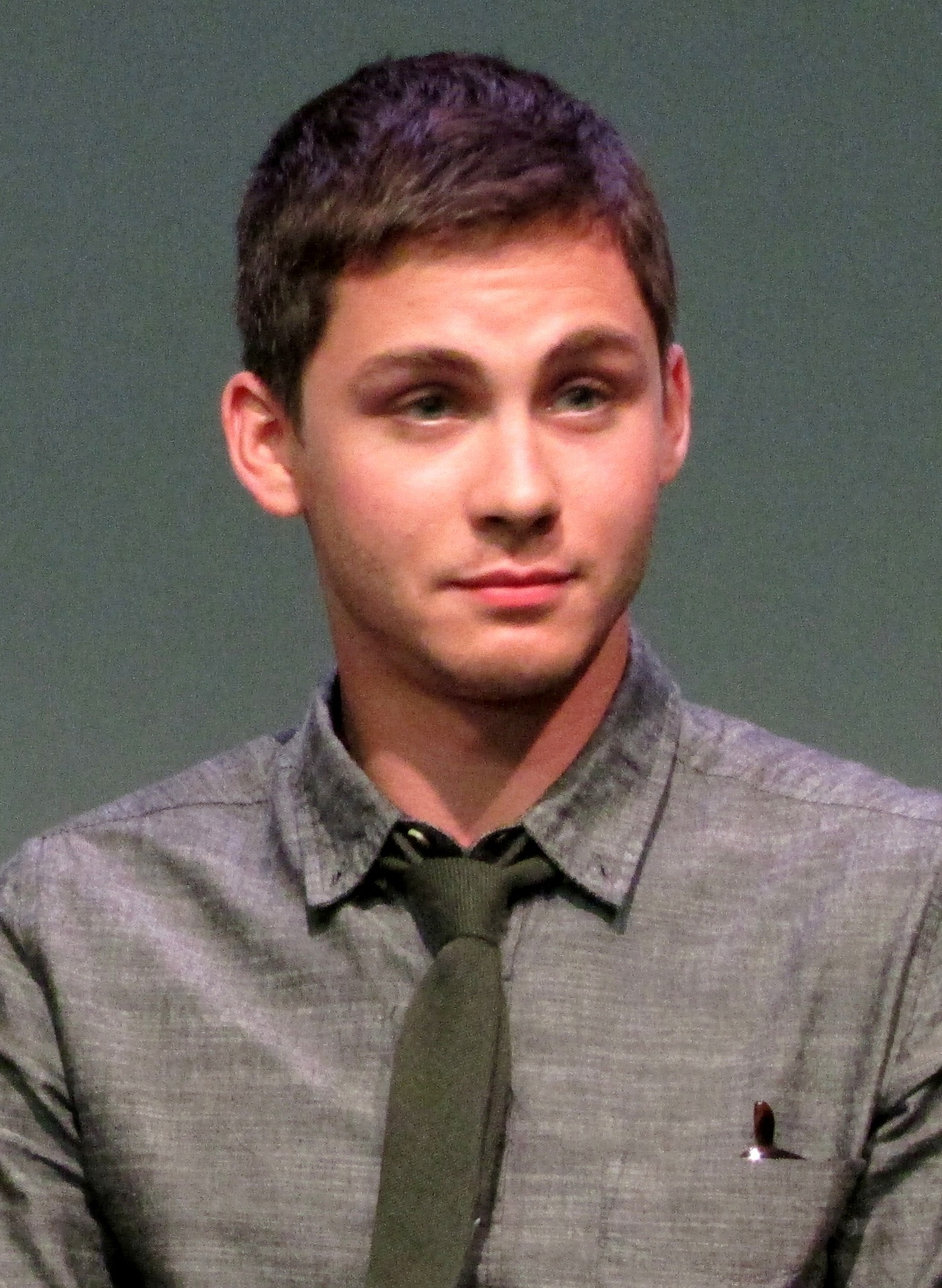Logan lerman wikipedia
